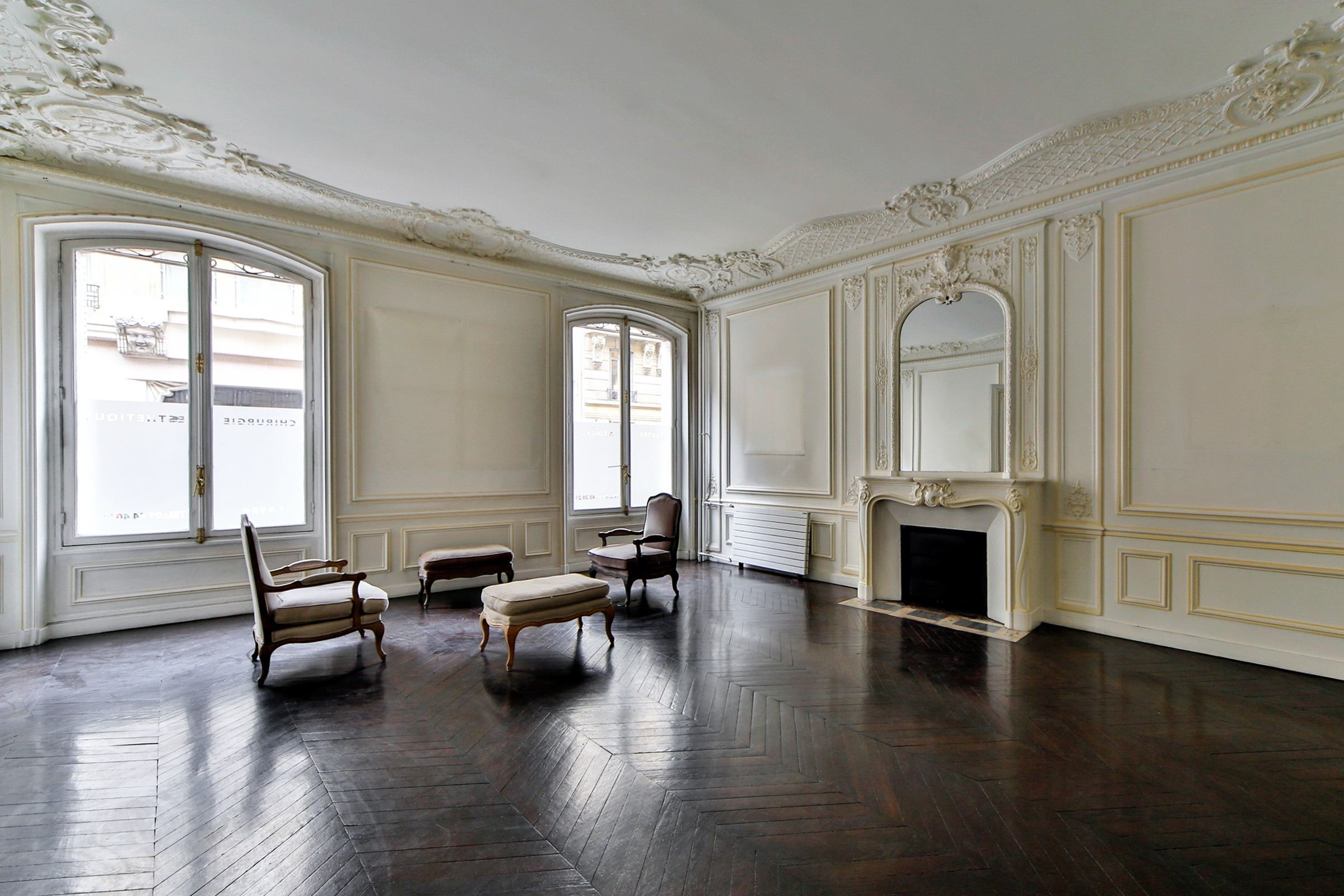sales property at For sale apartment in Paris 8 - Avenue Marceau