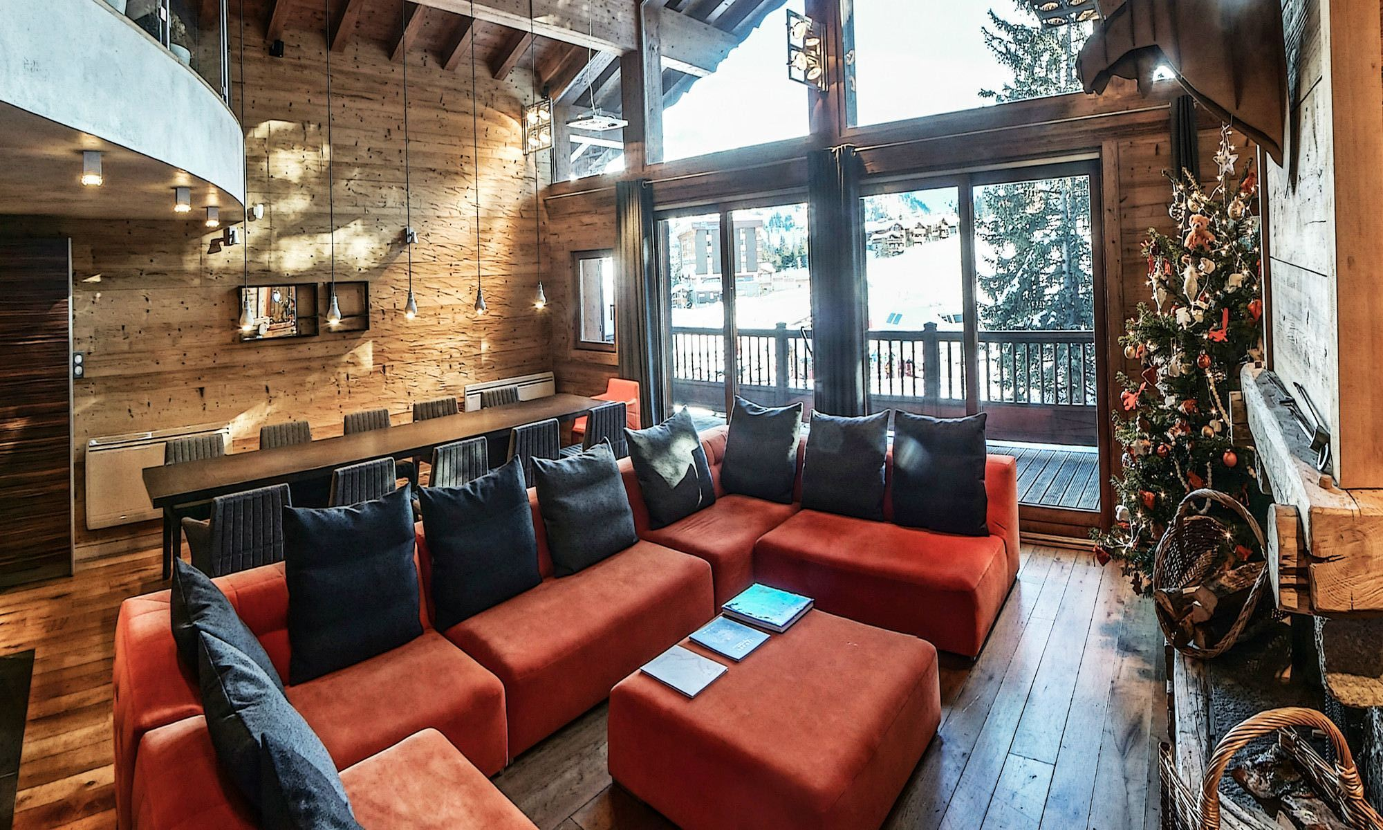 Property Of Chalet for rent in Courchevel 1850 Du Pré