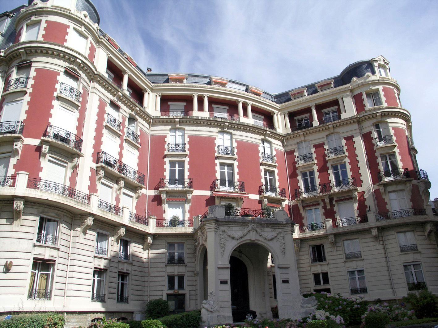 Квартира для того Продажа на BIARRITZ QUARTIER IMPERIAL Biarritz, Аквитания, 64200 Франция