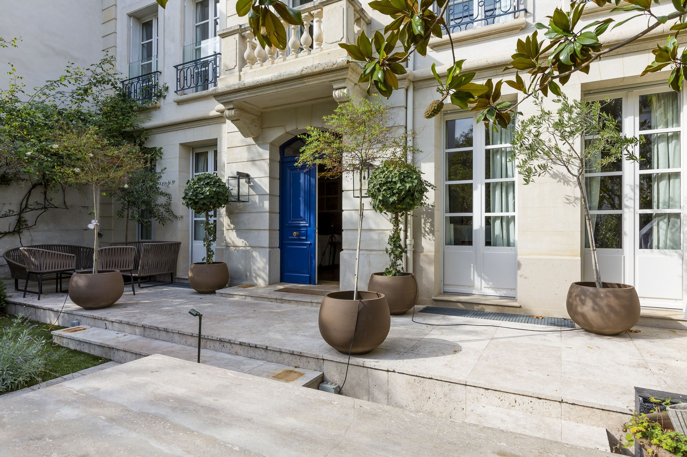 sales property at Charming contemporary renovated mansion in Neuilly