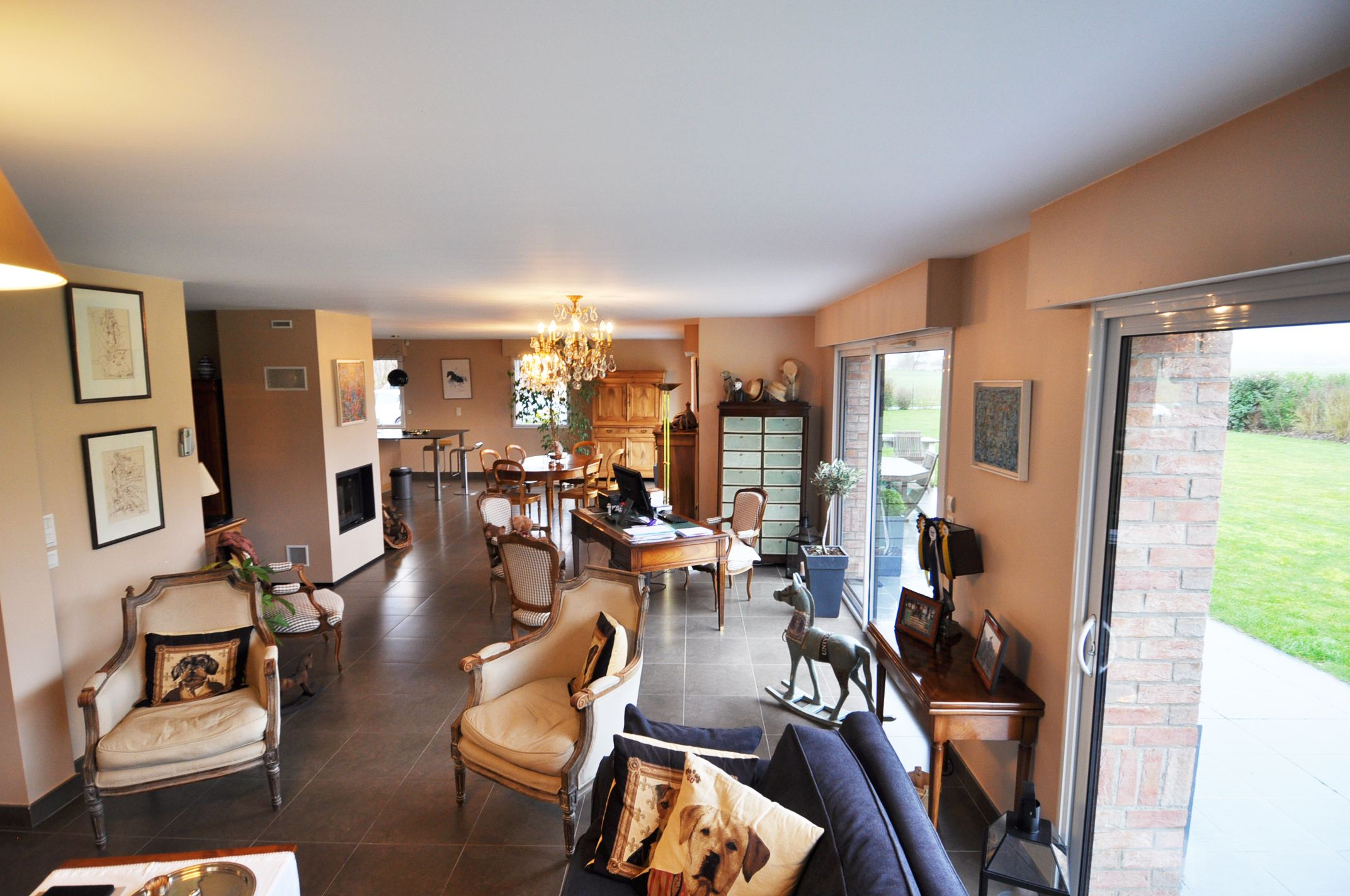 sales property at ENGLOS nearby 2008 Luxury villa, 226 m² hab. Swimming pool