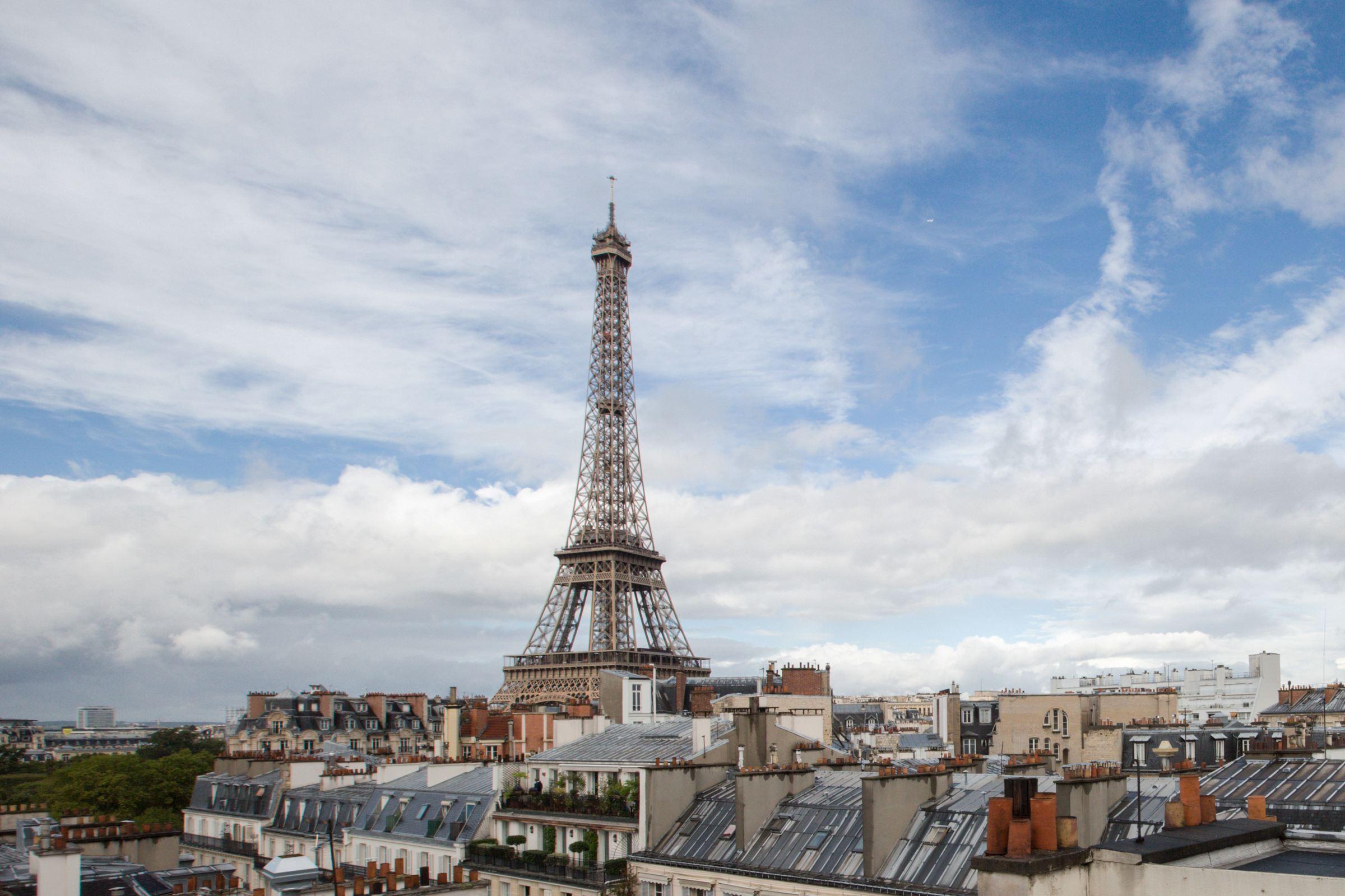 Apartman Dairesi için Satış at Paris 7 - Fontaine de Mars. Duplex, panoramic view. Paris, Paris 75007 Fransa