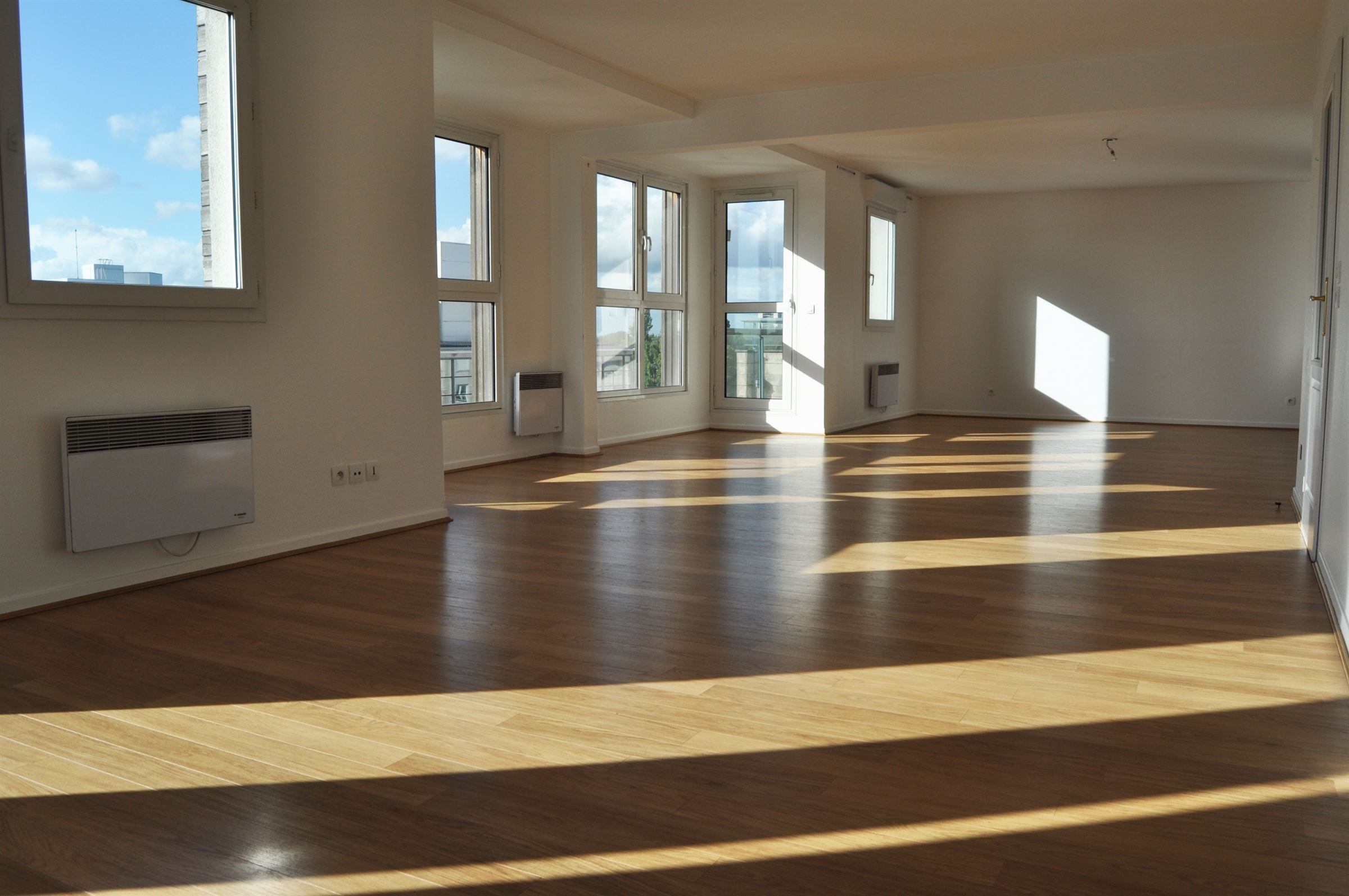 Property For Sale at LILLE, stunning city views, Apartment of 136 m2 hab., 3 bedrooms