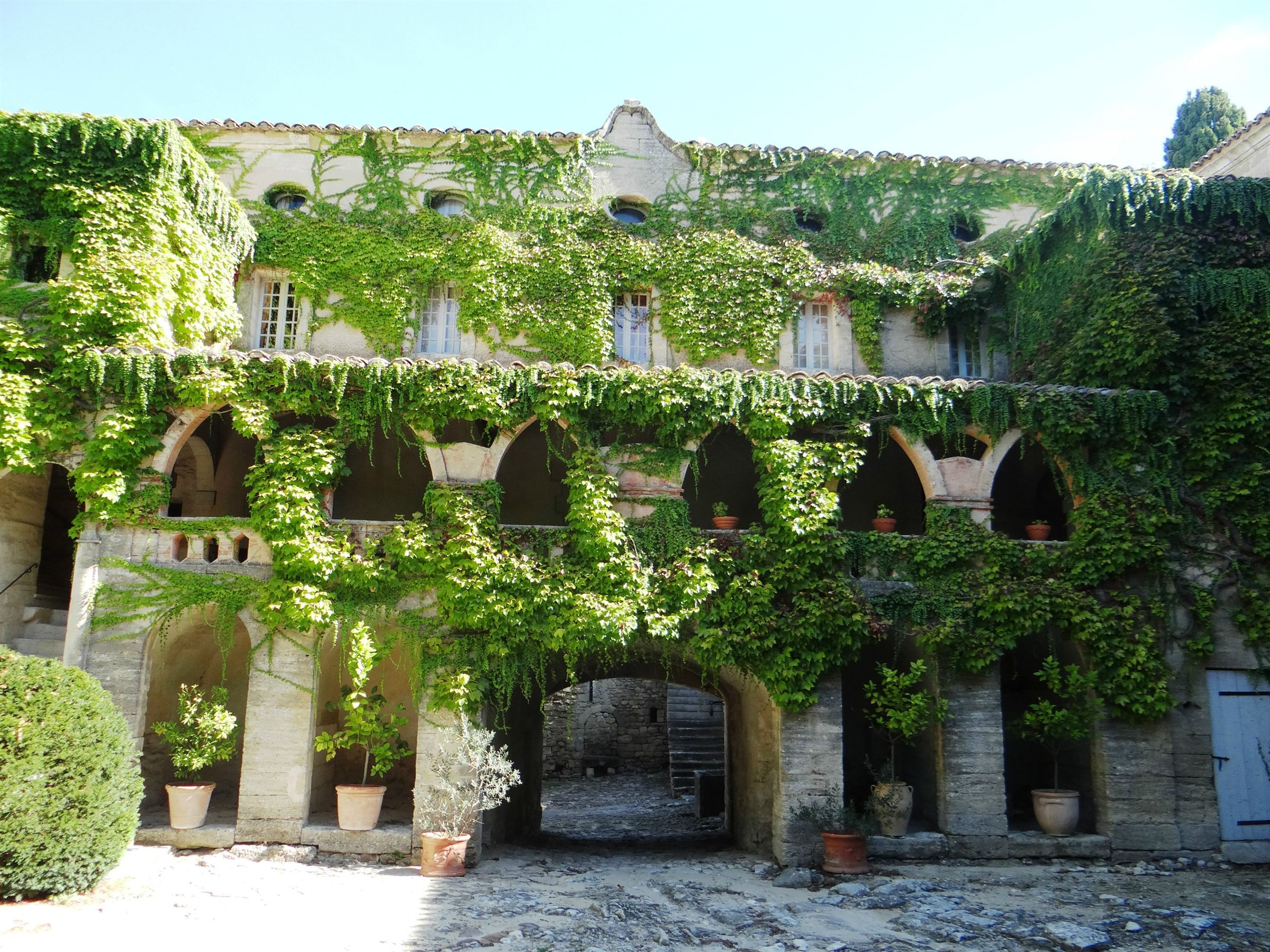 sales property at Former proprety of the Canons of UZES
