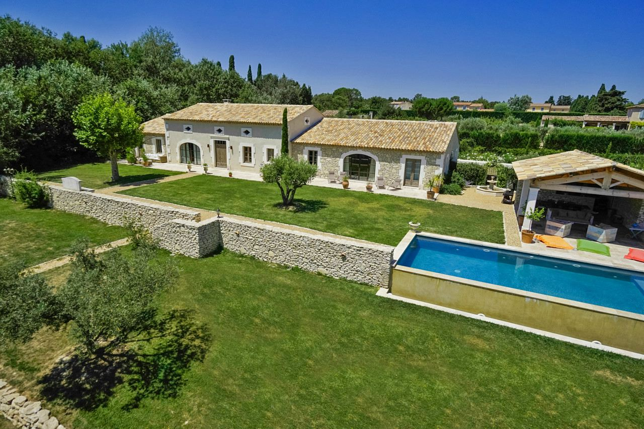 rentals property at Contemporary stone house in saint remy de provence