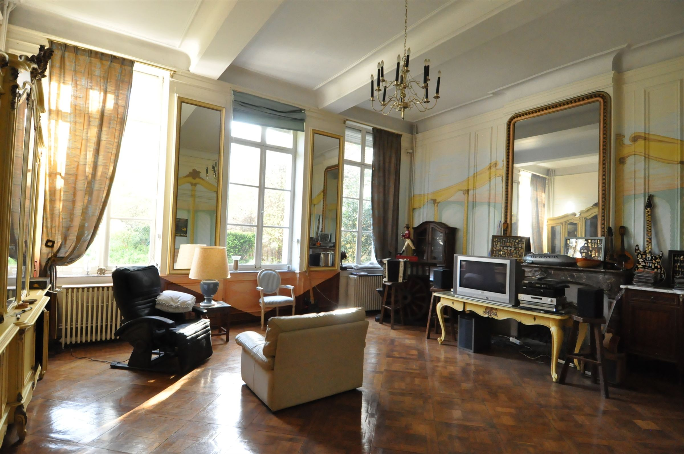 sales property at CENTRAL DOUAI, 1800sqm Private Mansion.
