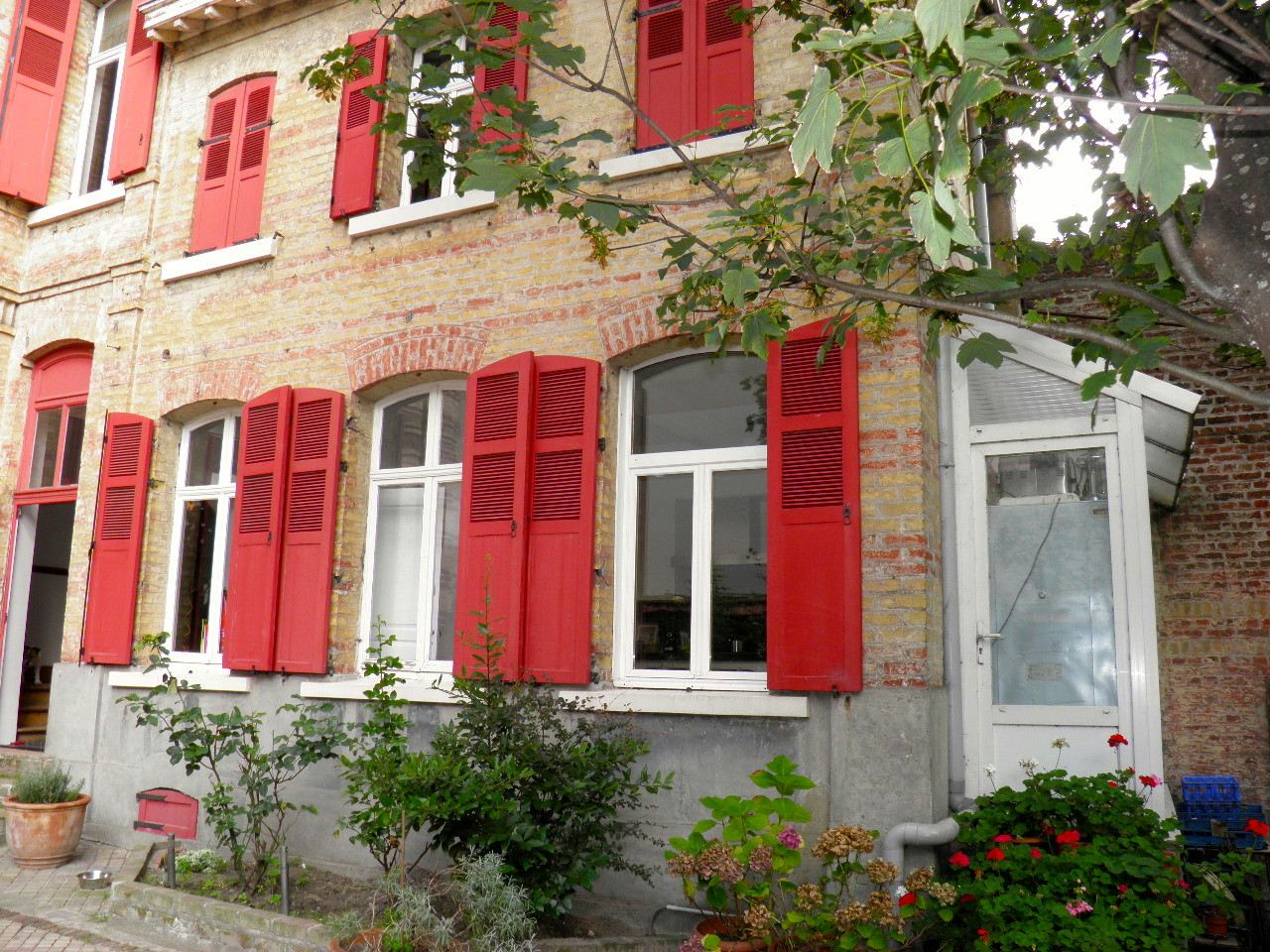 """Property For Sale at MALO LES BAINS, Sea View, """"Malouine"""" 295 m2 hab. 5 ch"""