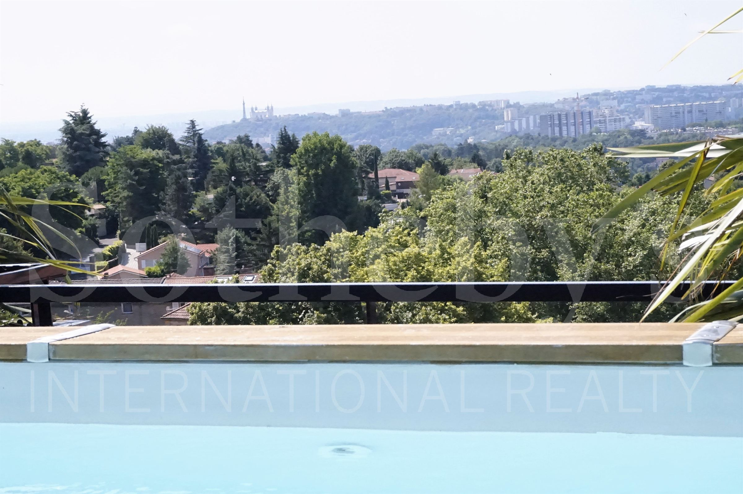 sales property at SAINT DIDIER AU MONT D'OR - HOUSE ON THE ROOF WITH PRIVATE POOL