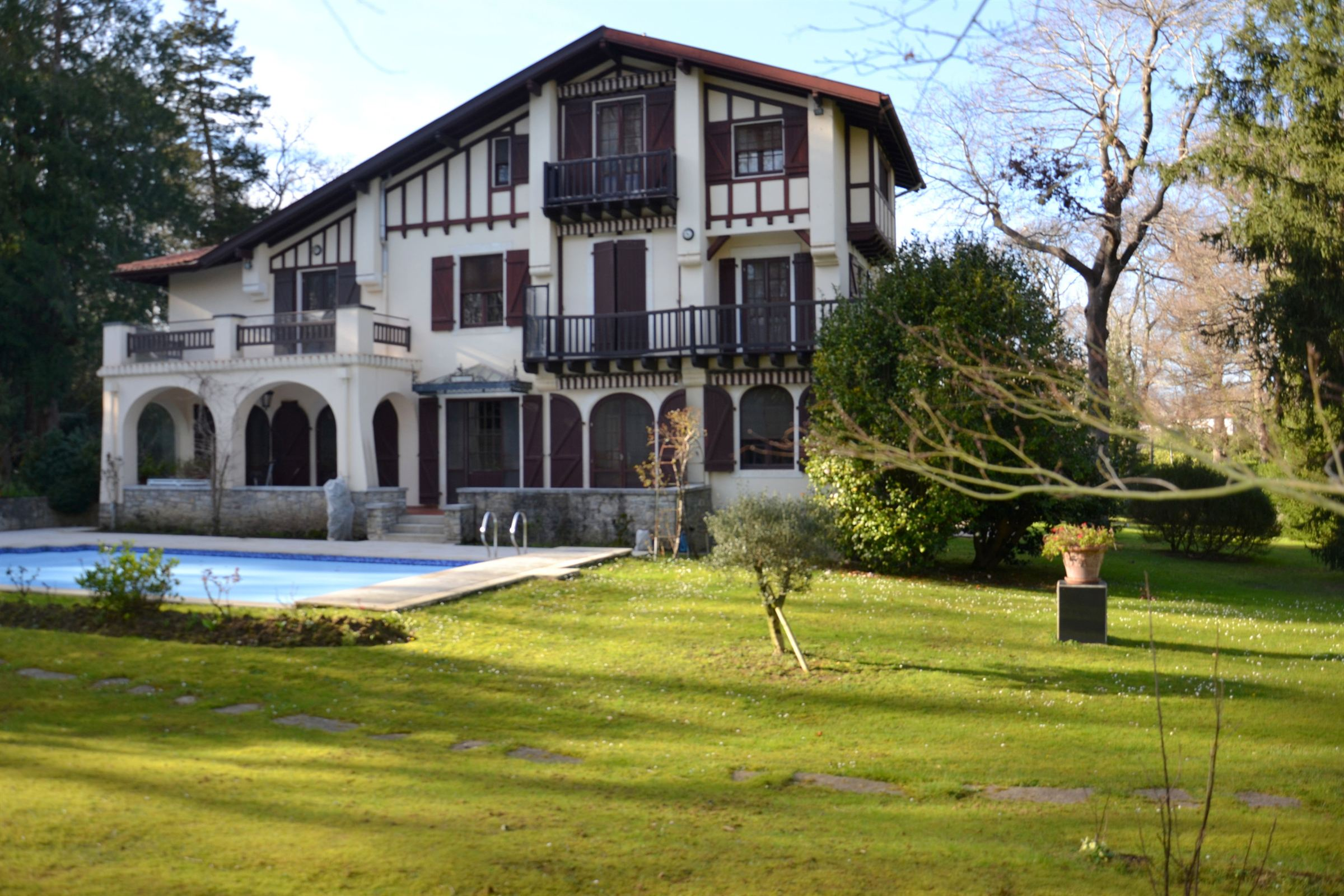 sales property at BIARRITZ LAC MARION