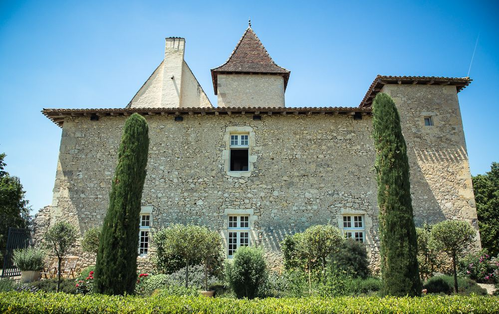 Property For Sale at SOUTH WEST FRANCE - STUNNING HISTORICAL ESTATE - 1h30 from Bordeaux