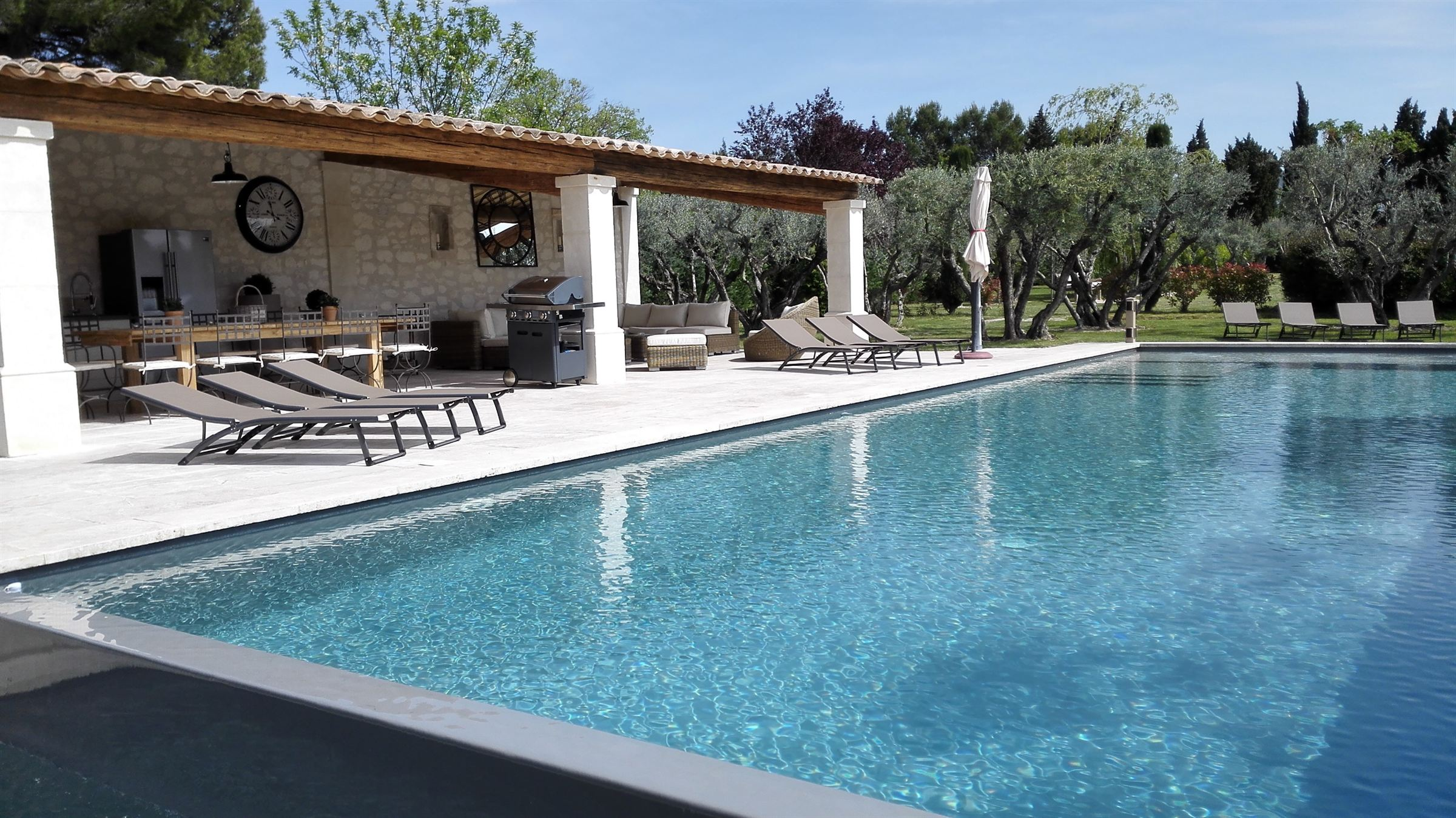 sales property at Luxurious farmhouse in Saint Remy de Provence