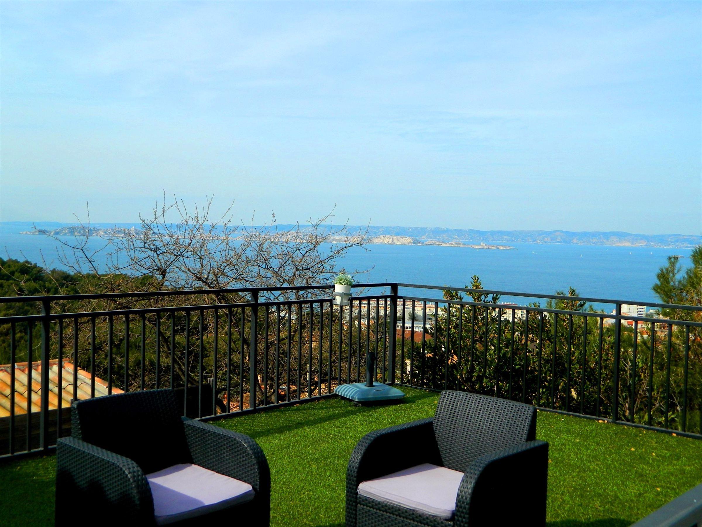 独户住宅 为 销售 在 MARSEILLEVEYRE - VILLA VUE MER 马赛, 普罗旺斯阿尔卑斯蓝色海岸, 13008 法国