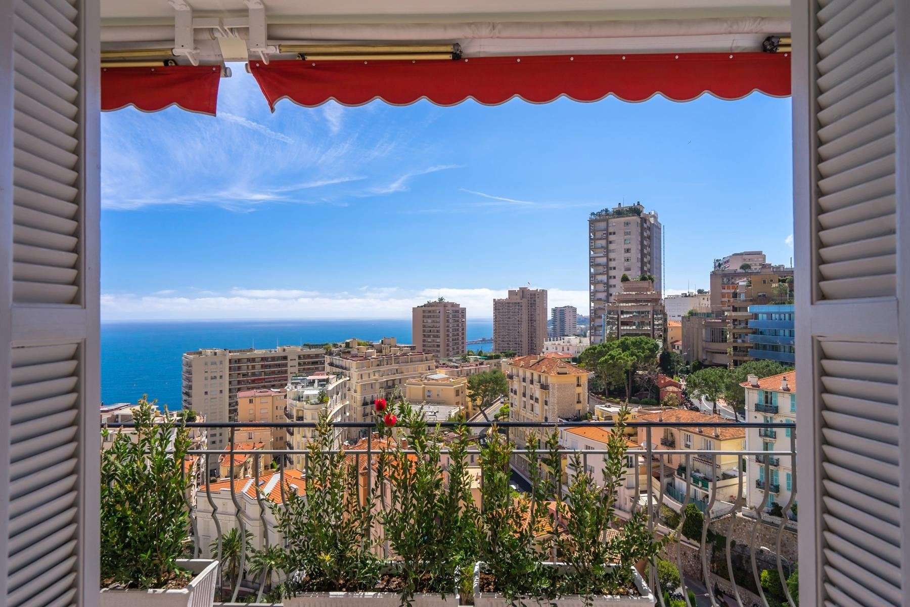 sales property at Superb 4 room renovated flat - For sale in Monaco.