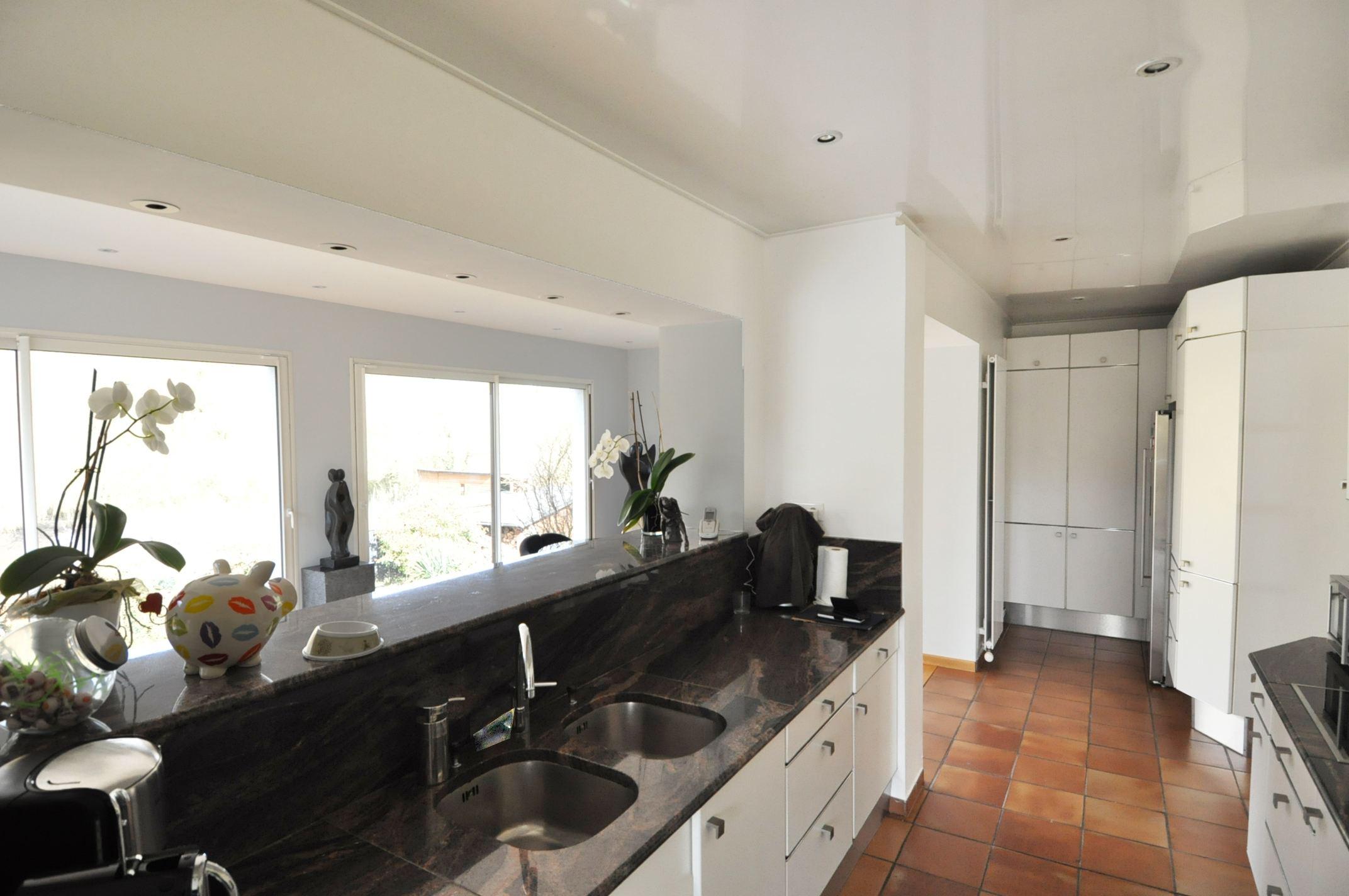 Property For Sale at LAMBERSART 3 km, luxurious family villa 270 m² hab. on 1 ha
