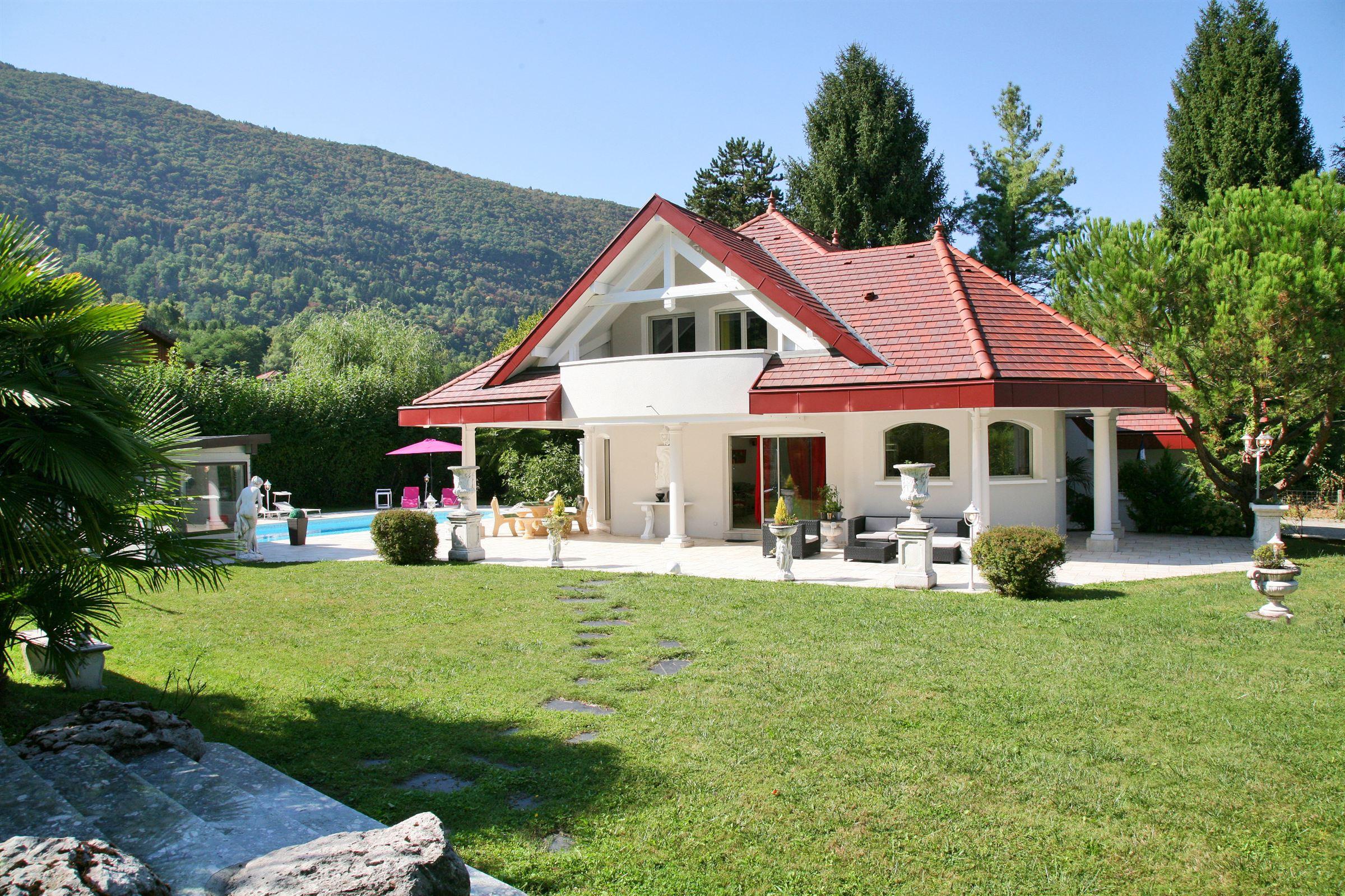 Villa per Vendita alle ore Property Sevrier, Rodano-Alpi, 74320 Francia