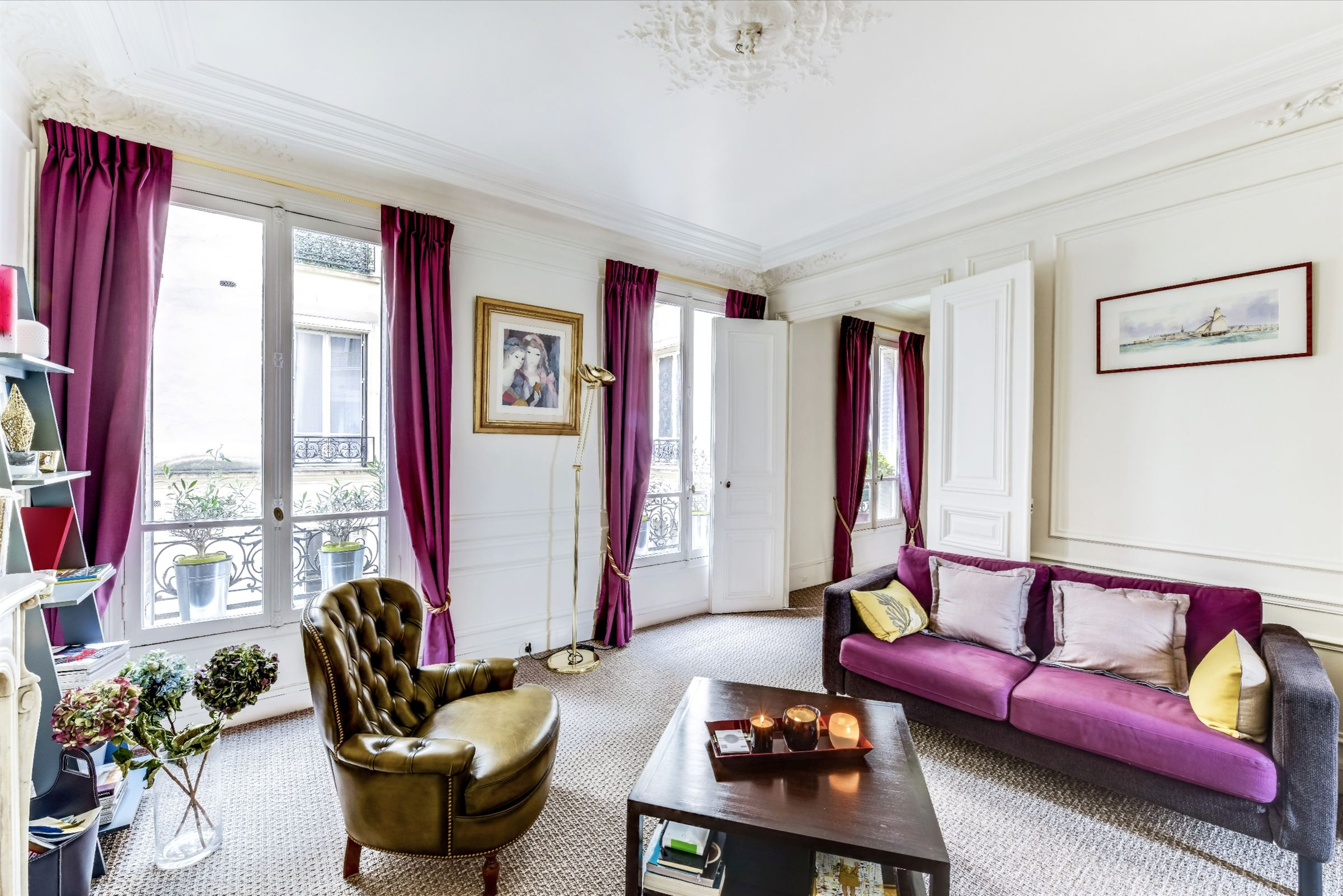 sales property at For sale apartment in perfect condition in Paris 17 - Etoile - Ternes