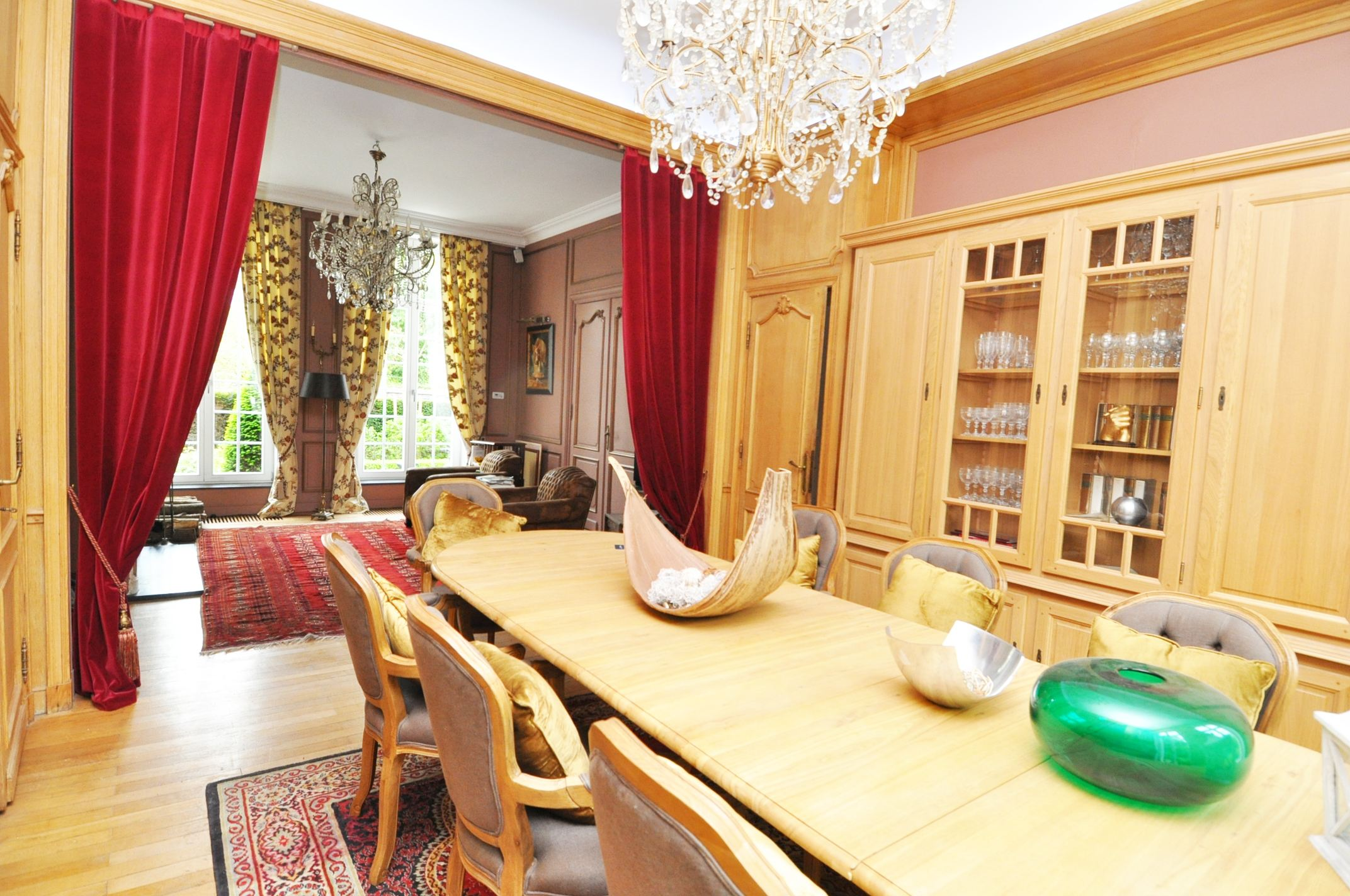 sales property at LA MADELEINE, St Maur, Rare Mansion 405 m² hab. 6 ch