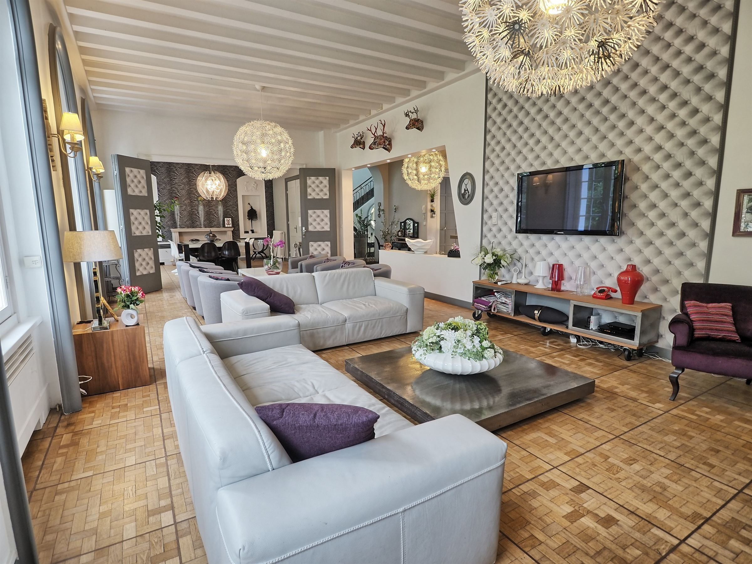 sales property at SOMAIN, Elegant Master house renovated 650 m2 hab.