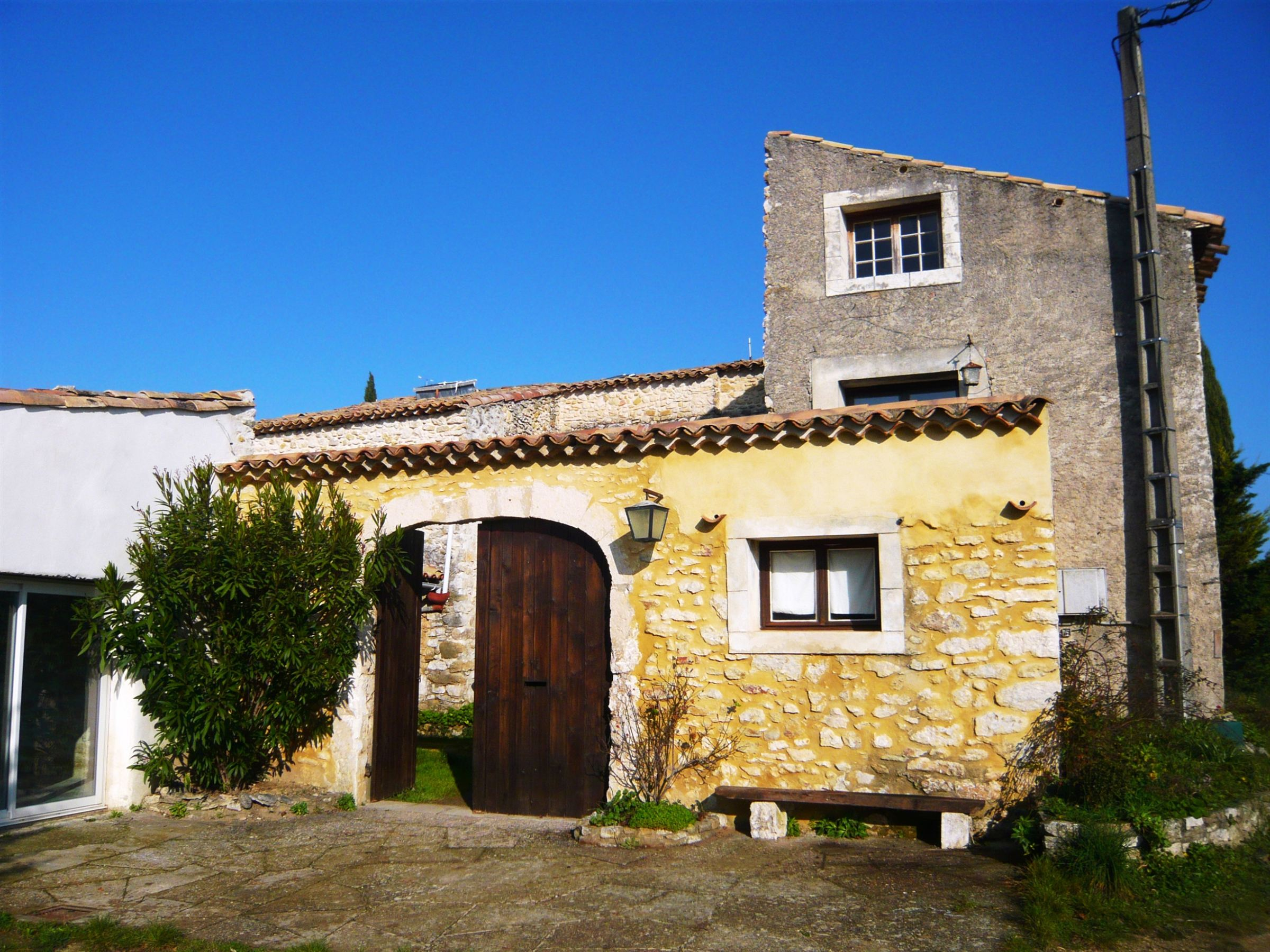 Single Family Home for Sale at House Other Languedoc-Roussillon, Languedoc-Roussillon 30130 France