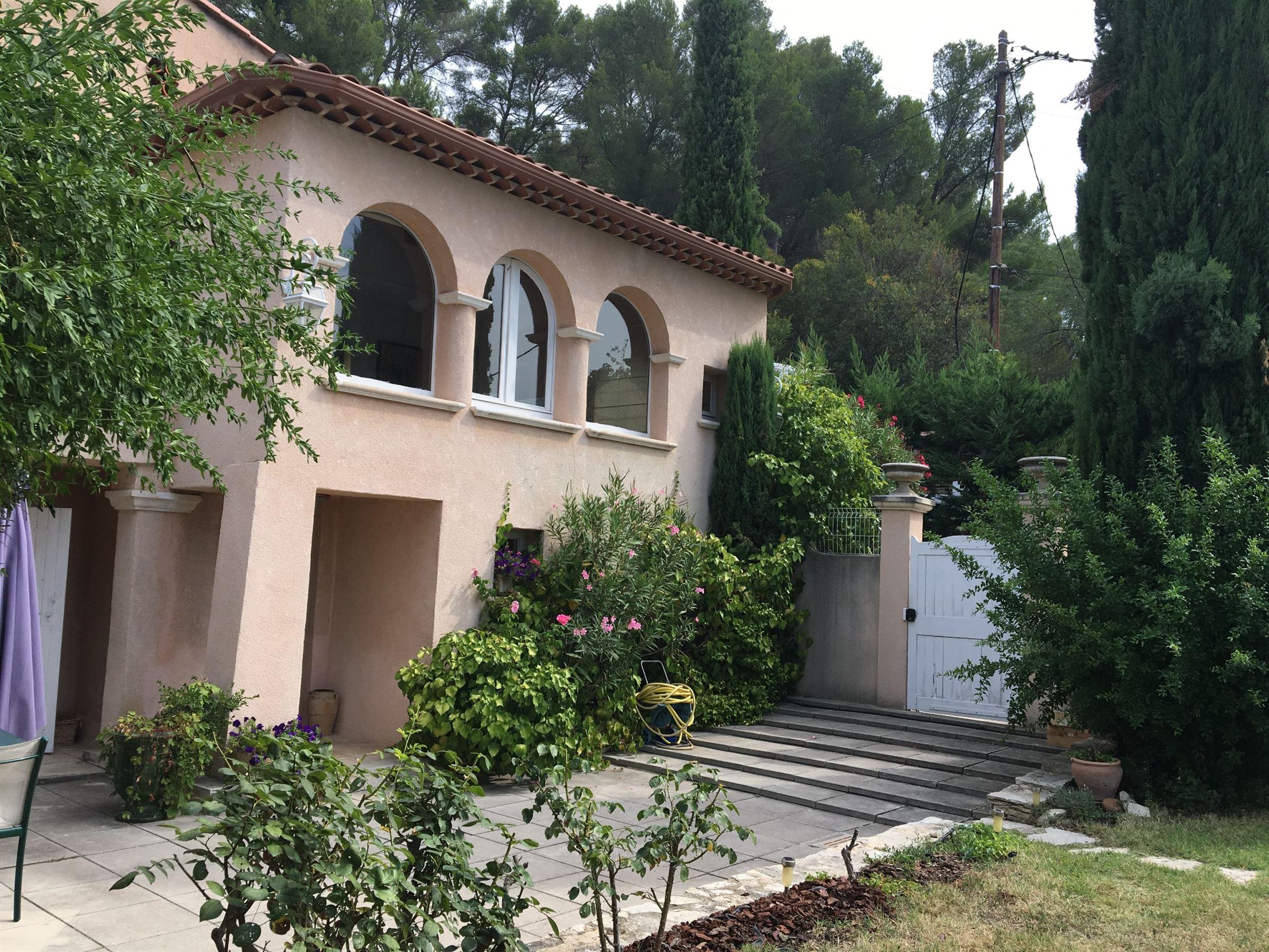 Casa Unifamiliar por un Venta en Villa Aix en Provence - Residiential aera Other Provence-Alpes-Cote D'Azur, Provincia - Alpes - Costa Azul, 13100 Francia