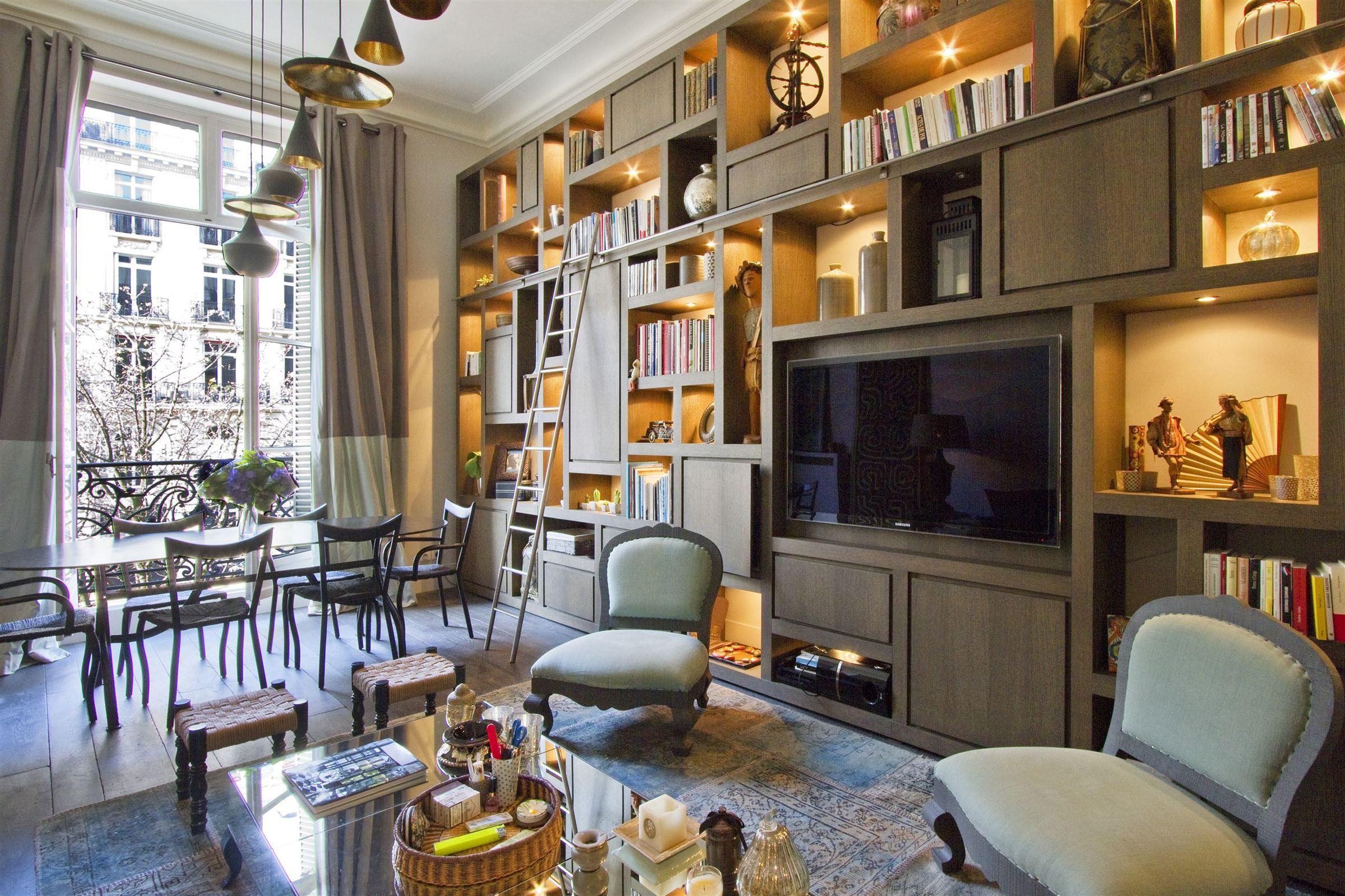 sales property at 75008 - Apartment near Parc Monceau