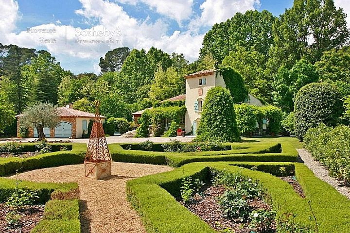 sales property at EXCLUSIVELY UP FOR SALE: AUTHENTIC PROVENCAL FARMHOUSE ON A SMALL RIVER