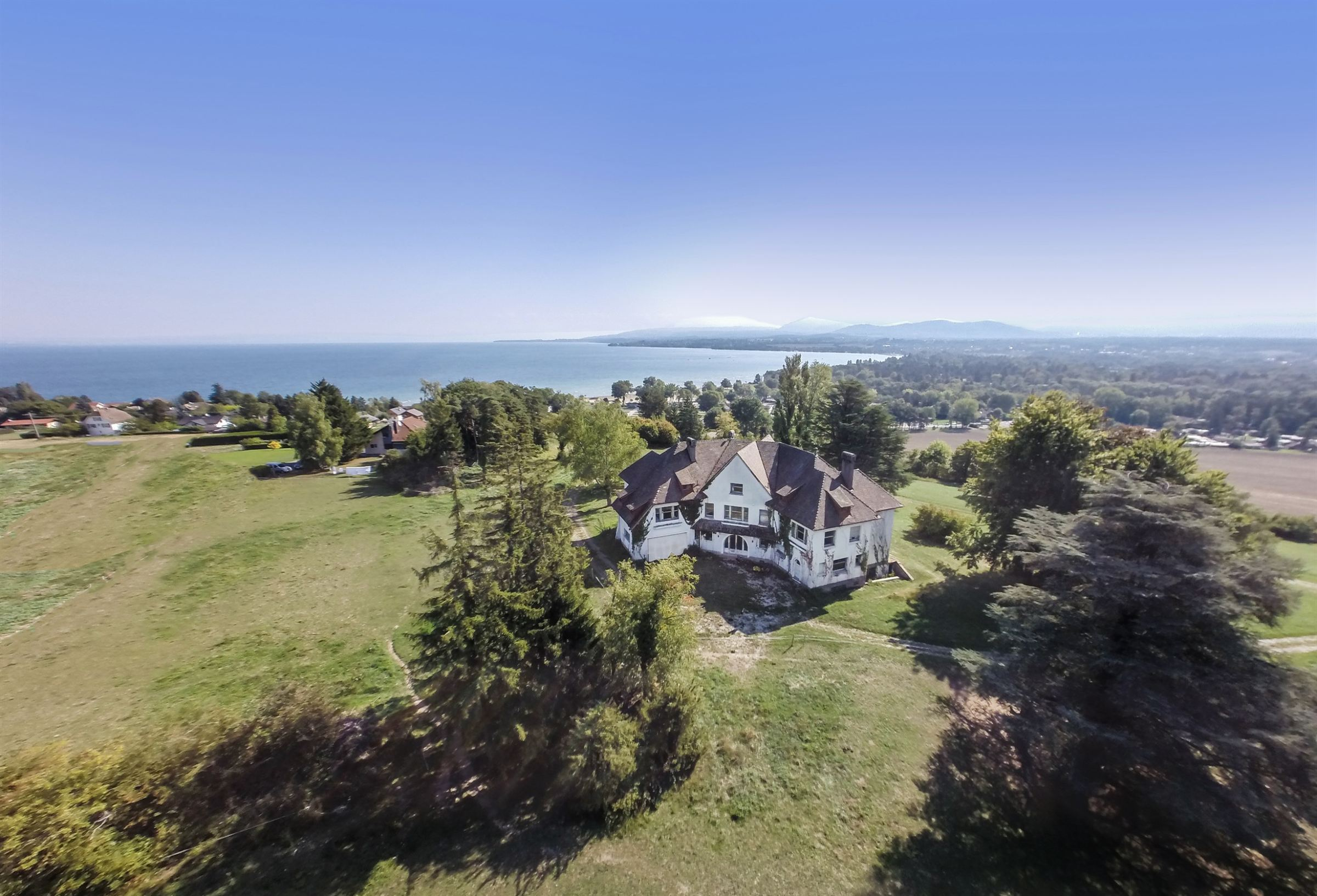 Property For Sale at Lac Léman Propriété d'exception