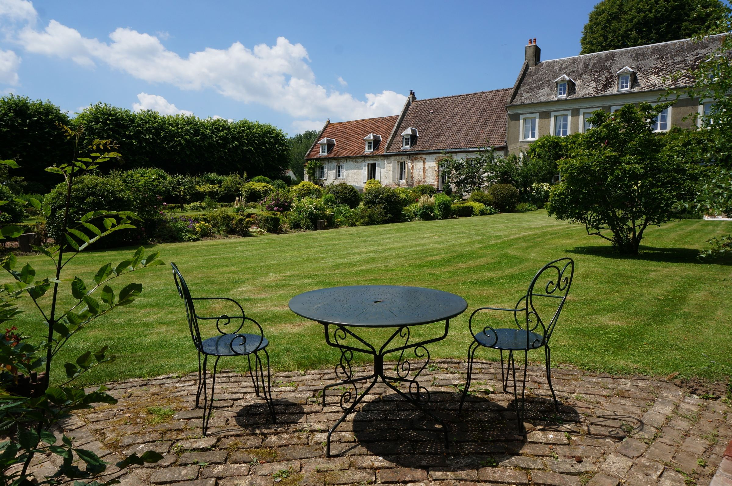 Property For Sale at MONTREUIL nearby, renovated Manor 420 m2. 18th on 2.7 Ha