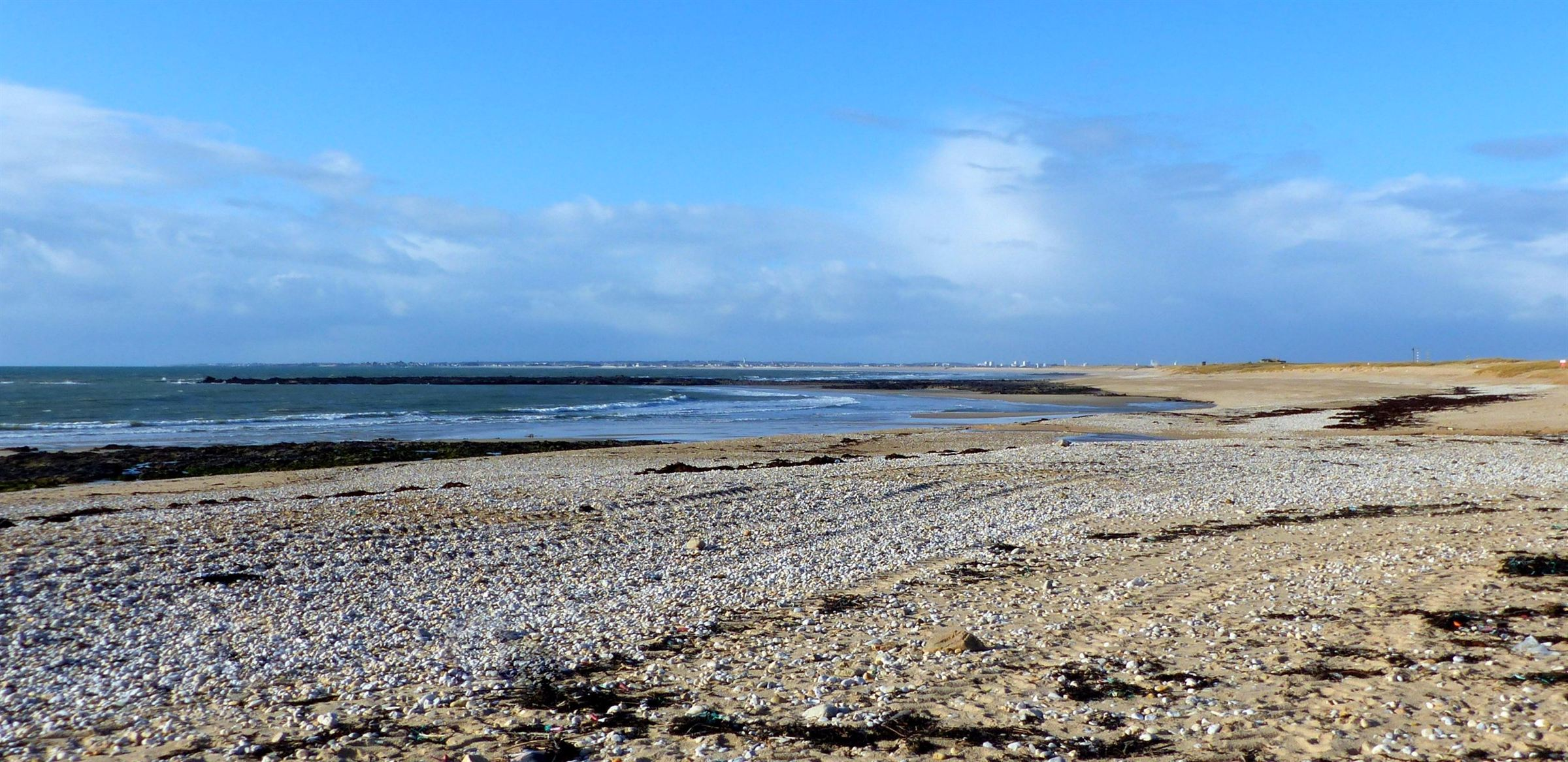 sales property at South Brittany, spacious house with swimming-pool on the sea side...
