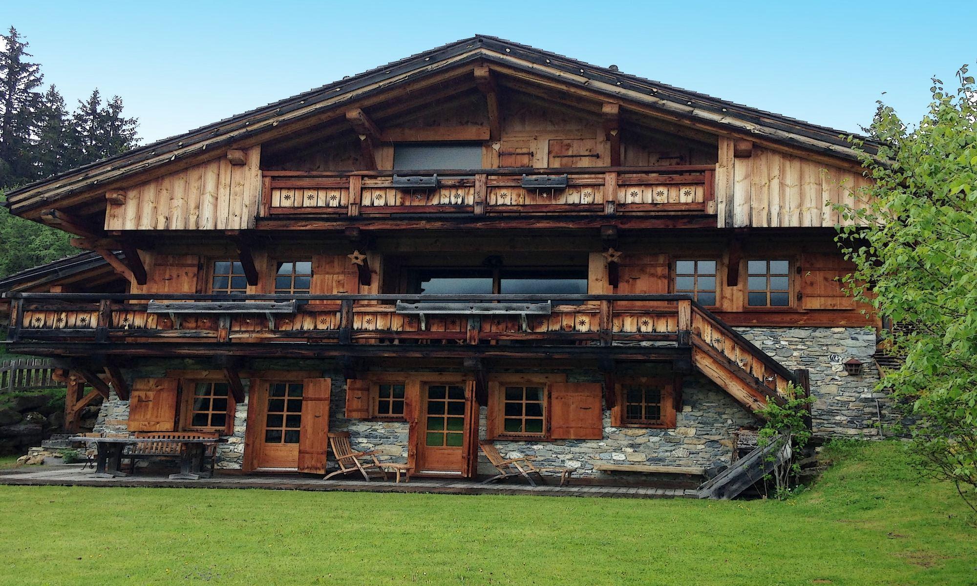 Property For Sale at Côte 2000 Megève Chalet Neige