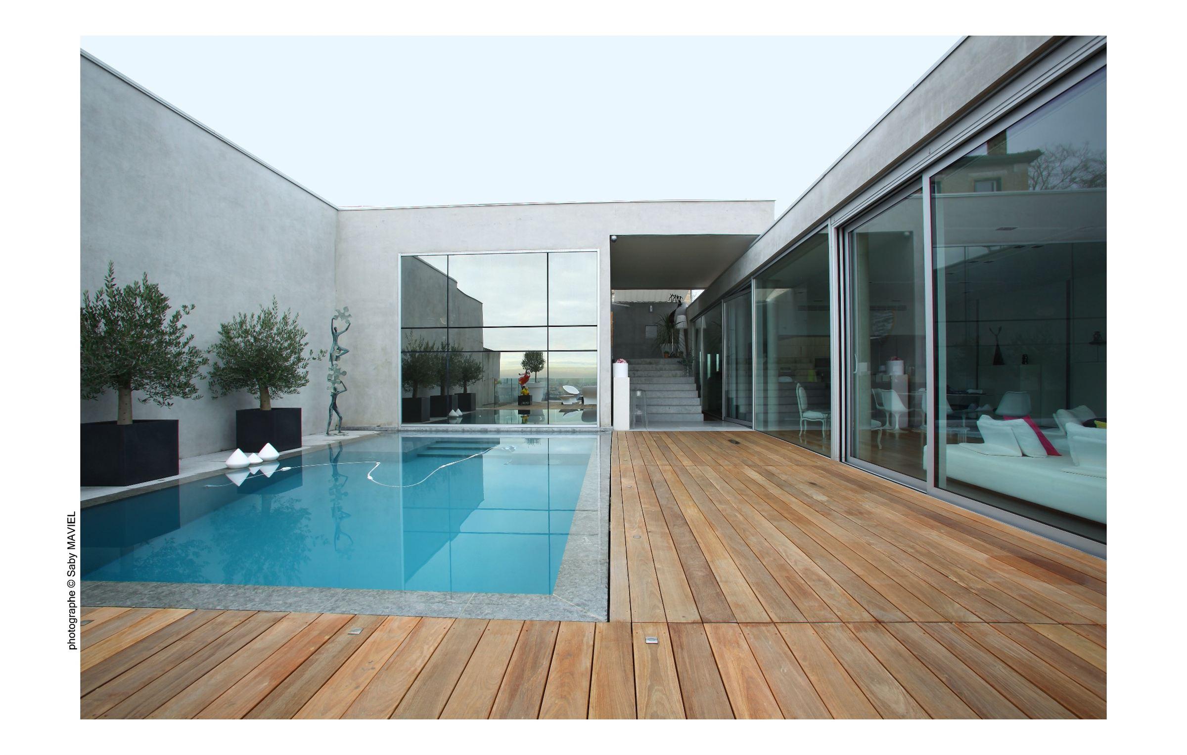 Property For Sale at SUPERBE MAISON CONTEMPORAINE A LYON- CROIX-ROUSSE