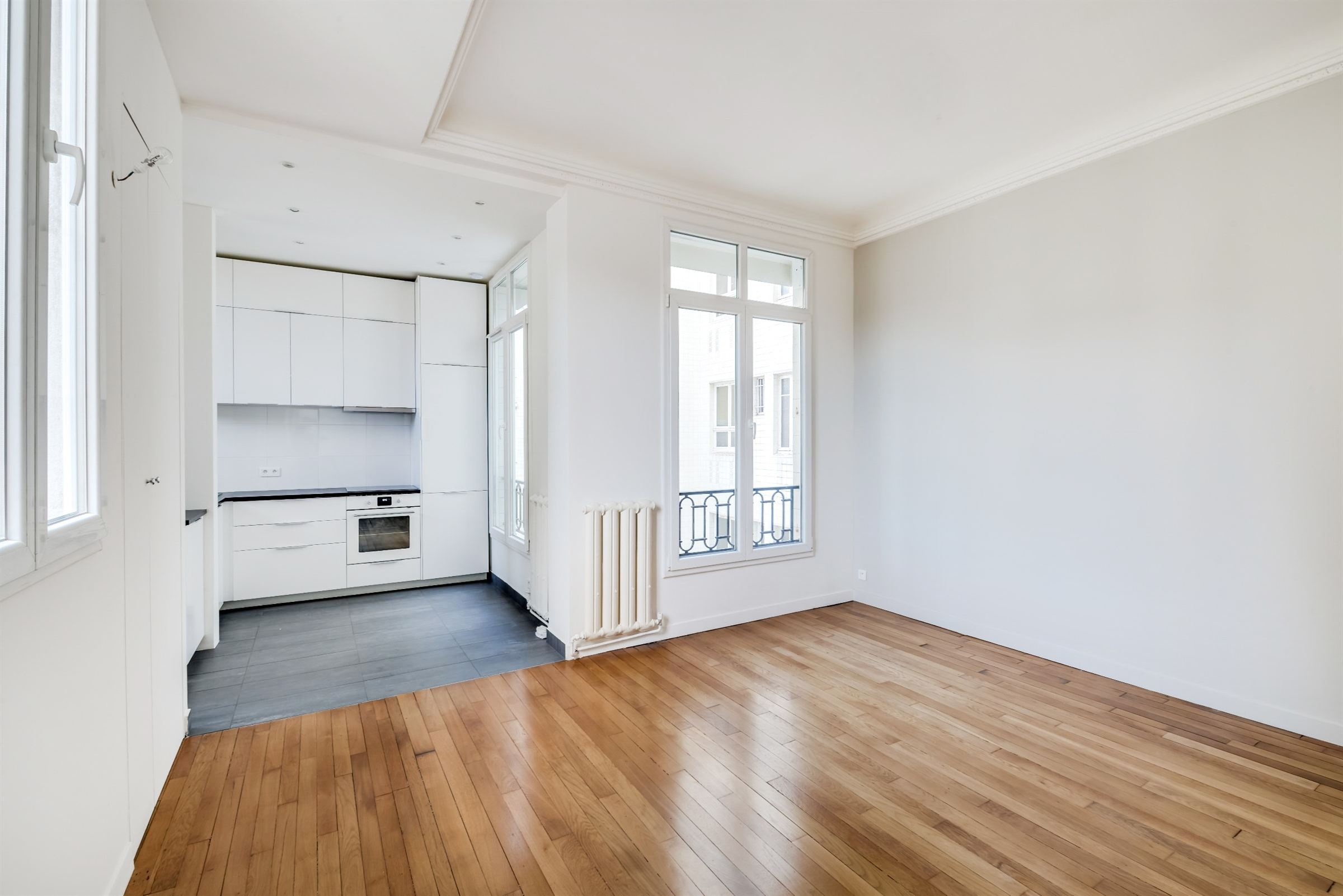 sales property at A fully renovated apartment of 52 sq.m for sale, Paris 17 - Pereire, 1 bedroom