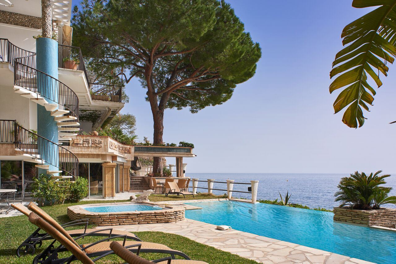 sales property at Waterfront property in a private domain near Monaco