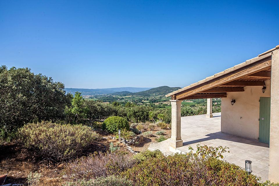 Villa per Vendita alle ore Unobstructed view for this home in Provence Other Provence-Alpes-Cote D'Azur, Provenza-Alpi-Costa Azzurra, 84490 Francia