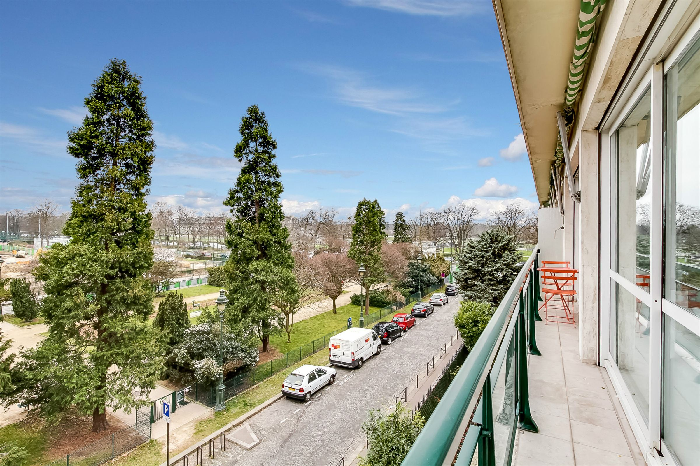 Property For Sale at Paris 16 - Apartment. Ranelagh. Perfect lay-out.