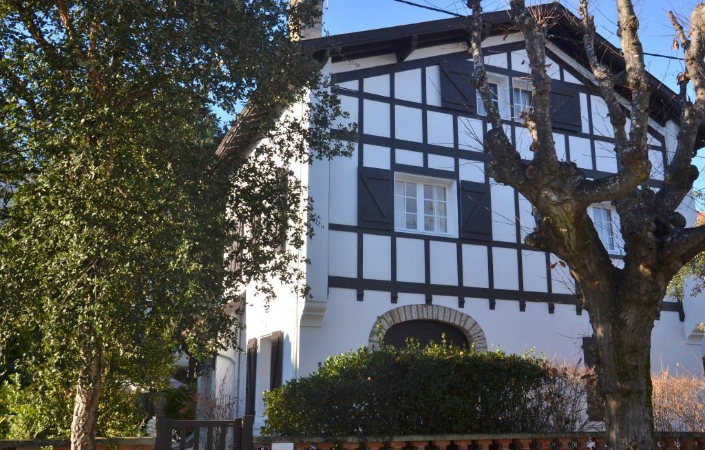 Maison unifamiliale pour l Vente à Near town centre Biarritz, Aquitaine, 64200 France