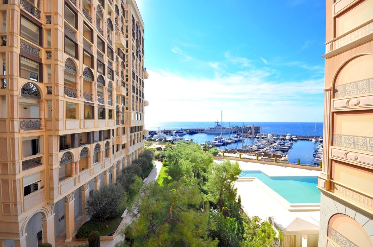 Wohnung für Verkauf beim Magnificent apartment - Views on Cap d'Ail's Port Other Monaco, Other Areas In Monaco, 98000 Monaco