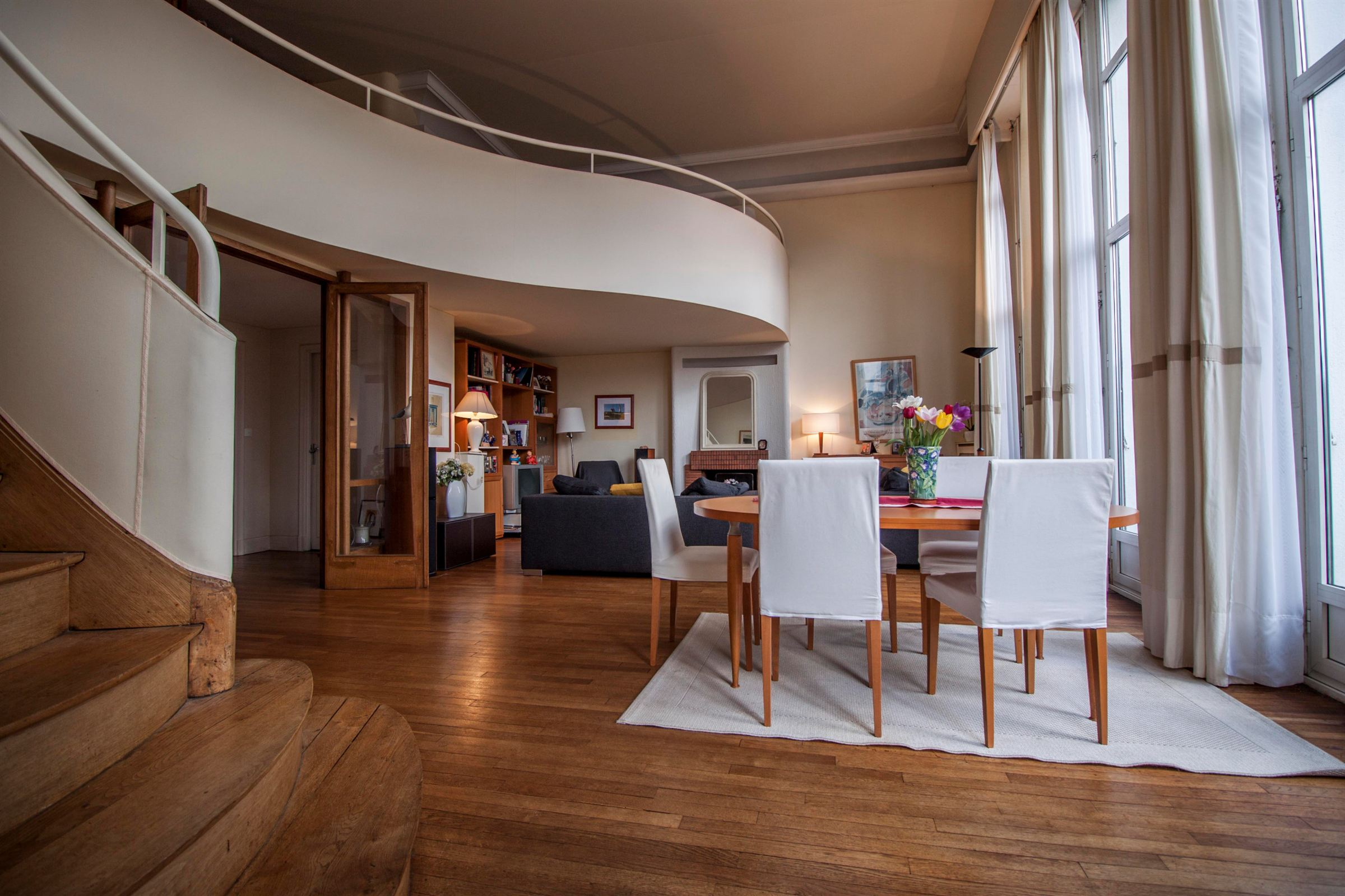 sales property at Lorient, city-center, appartment artdeco style.