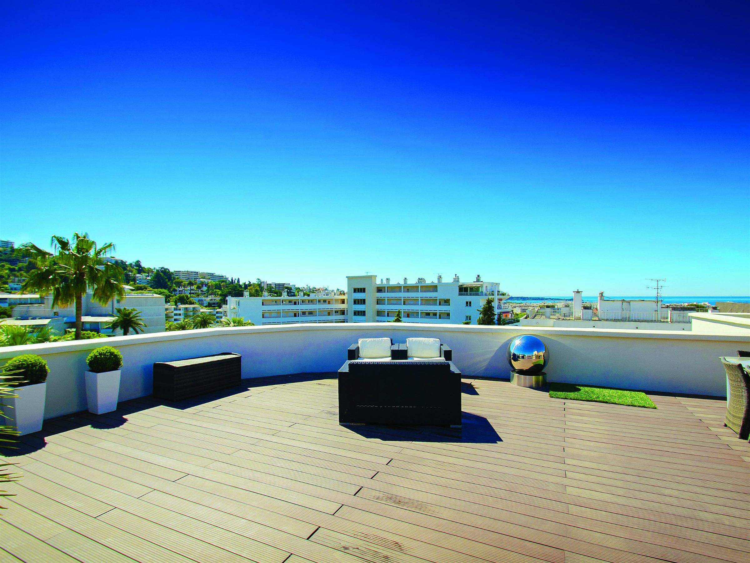 Apartment for Sale at Luxury penthouse with beautiful roof garden for sale in Cannes Cannes, Provence-Alpes-Cote D'Azur 06400 France