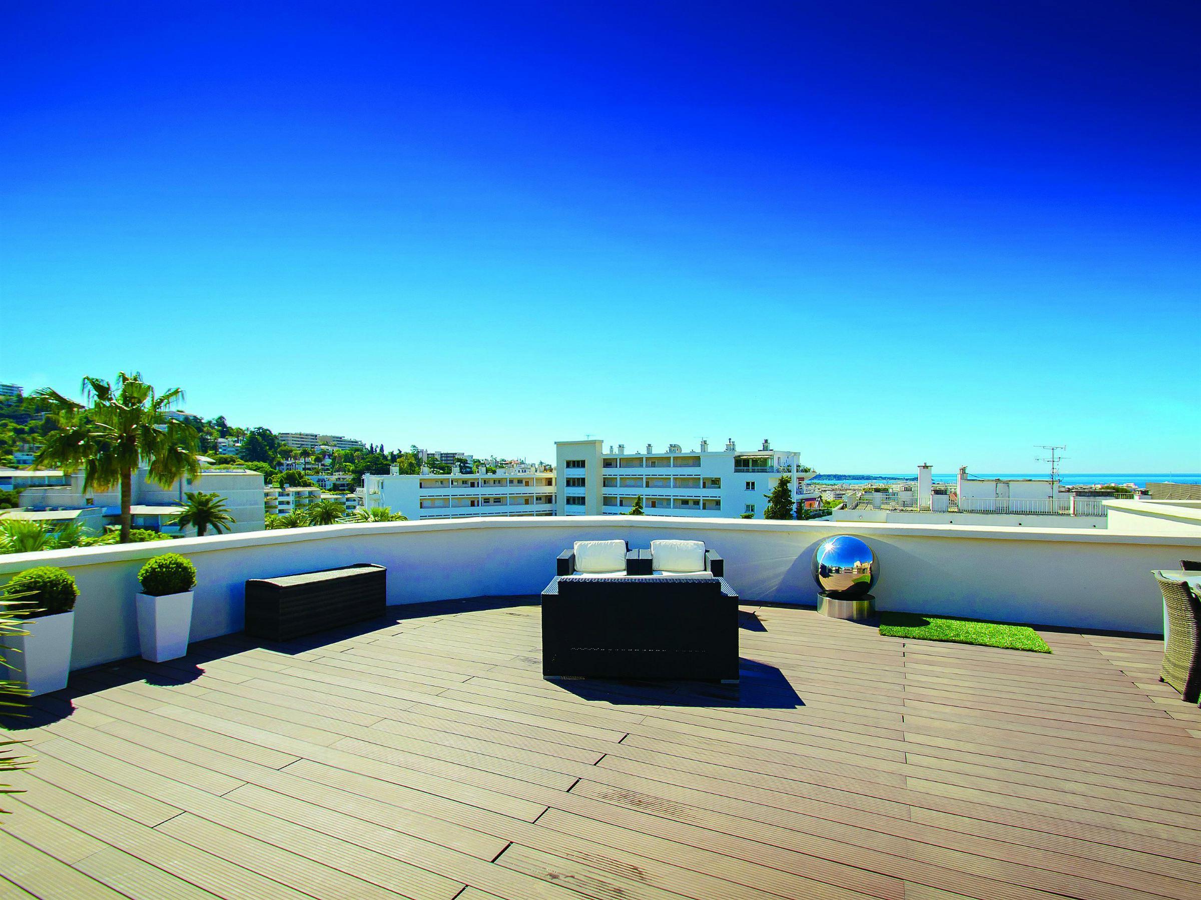 Apartamento para Venda às Luxury penthouse with beautiful roof garden for sale in Cannes Cannes, Provença-Alpes-Costa Azul 06400 França