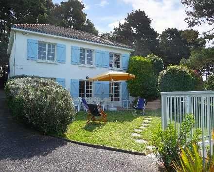 Casa Unifamiliar por un Venta en PORNIV Recent Villa beach to feet Pornic, Pays De La Loire, 44210 Francia