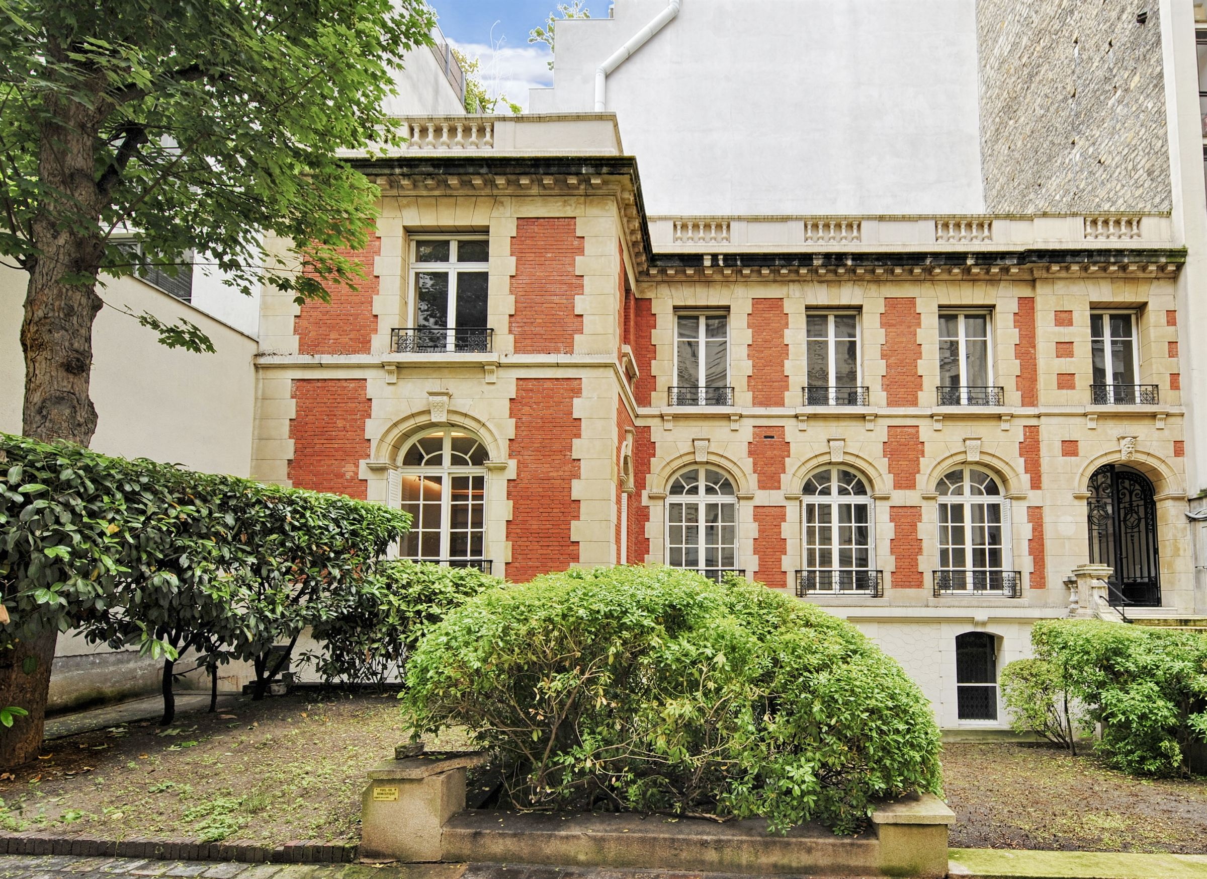 sales property at Private Mansion office use for sale in paris 16th - Chaussée de la Muette