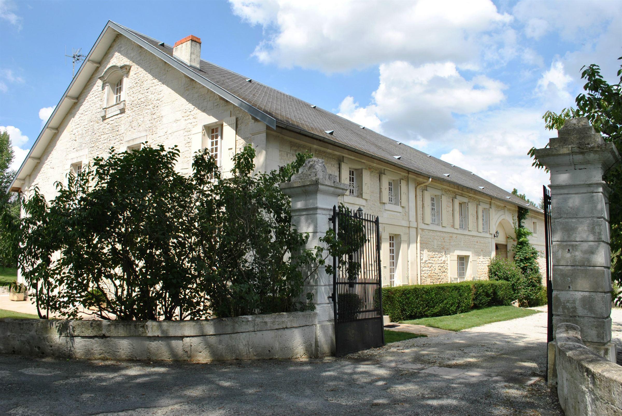 sales property at Maison de Maître