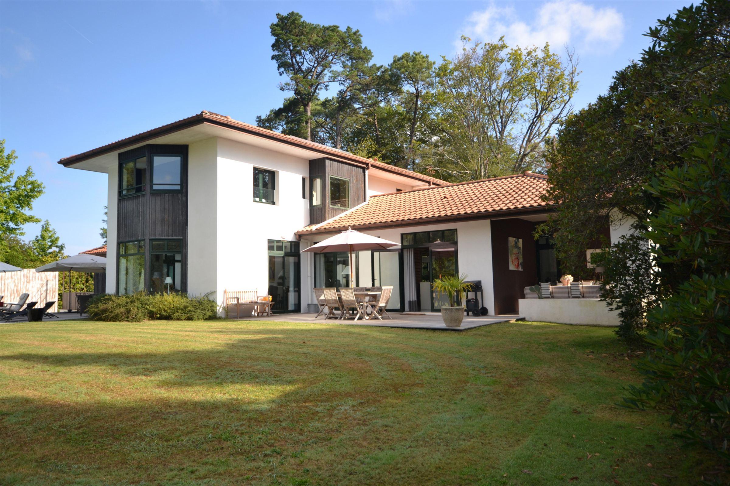 sales property at Limite BiarritzArcangues