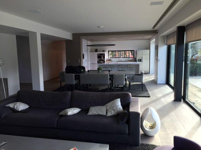 단독 가정 주택 용 매매 에 SUR UNE PARCELLE DE 1305 m² BIEN EXPOSEE AVEC PISCINE CHAUFFEE Nantes, 페이드라루아르주 44300 프랑스