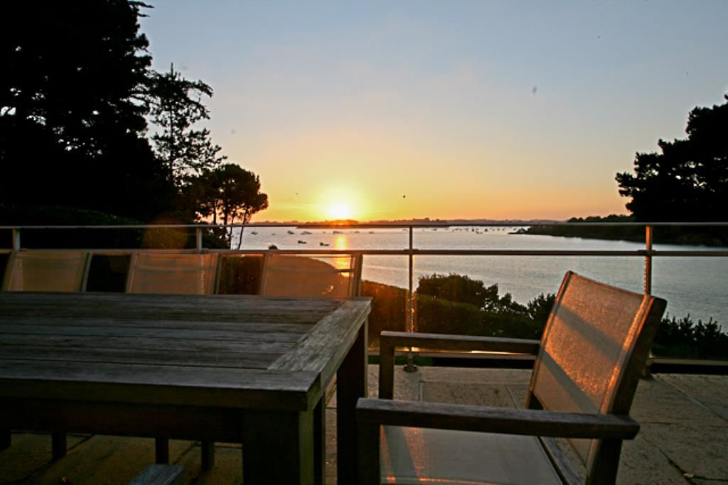 Property For Sale at Gulf of Morbihan, property of character, direct access on the sea