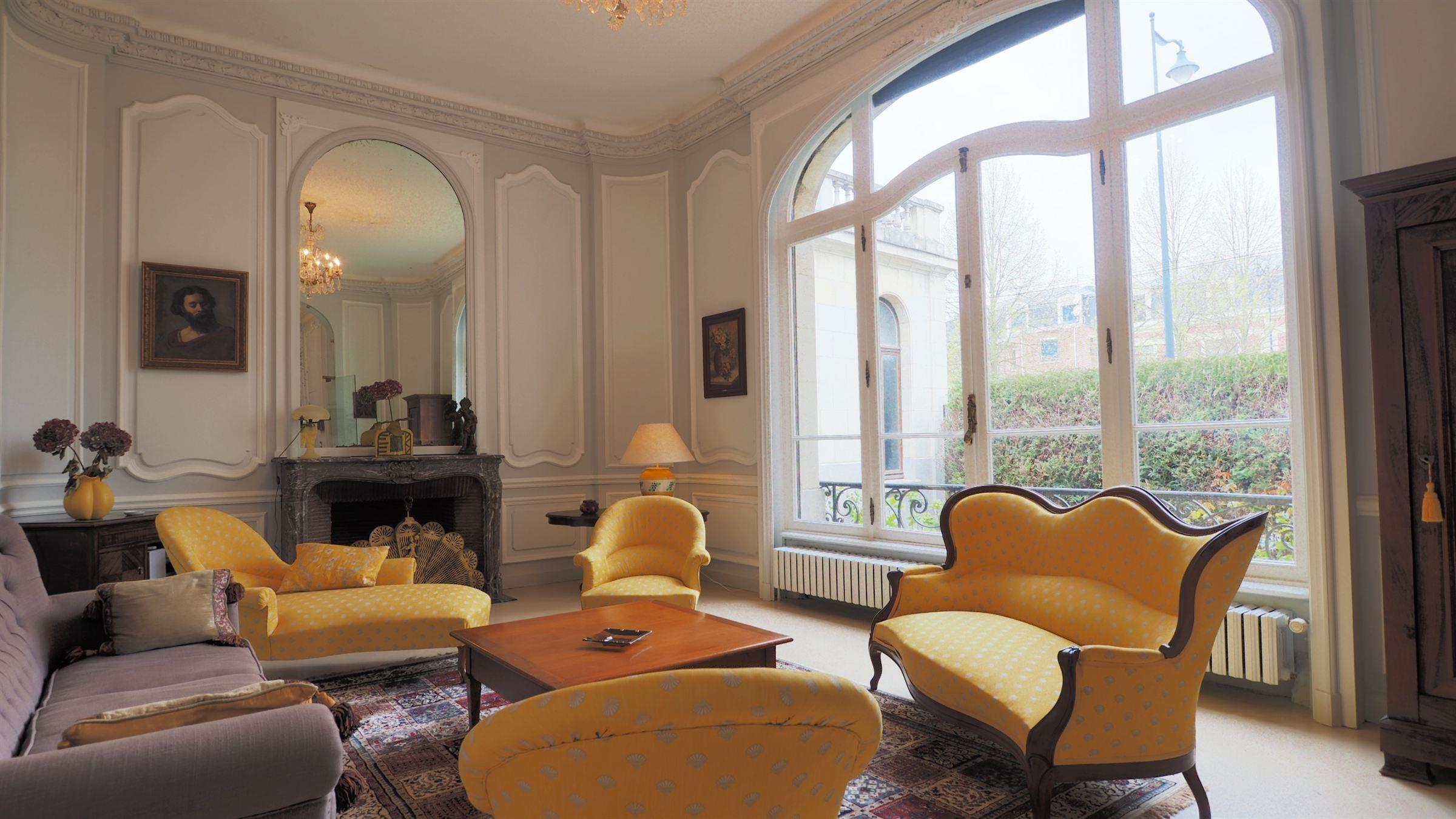 sales property at Arras, 337sqm Master house with 6 bedrooms.