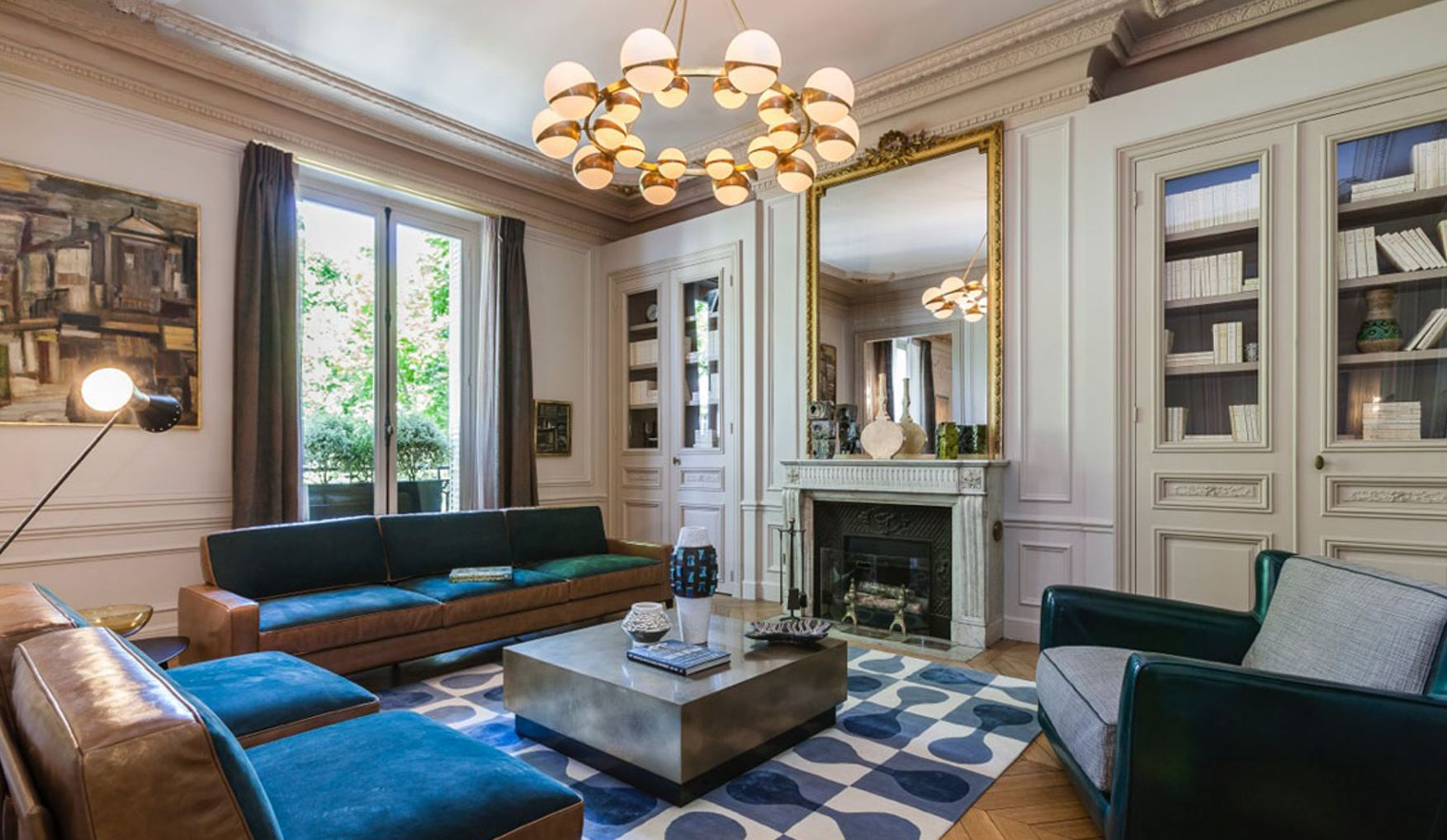 Property For Sale at Paris 7 - Saint-Germain. 186 sq.m. apartment. Exceptional amenities