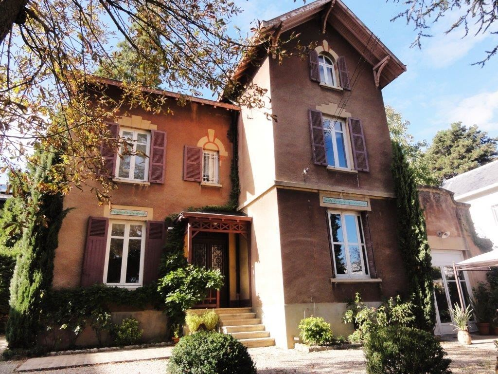 Property For Sale at ECULLY-MAISON FAMILIALE 1900