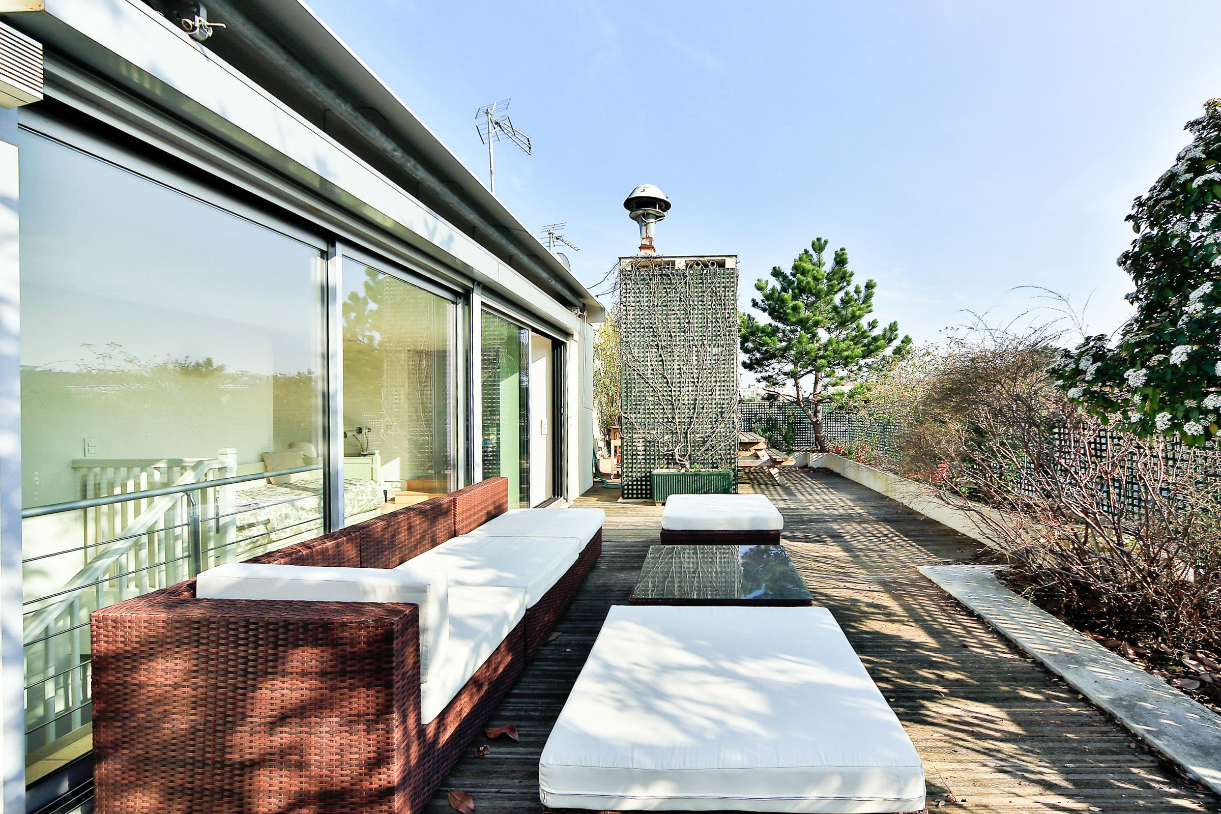 Property For Sale at Neuilly - Longchamp - Penthouse of 201 sq.m + landscaped terrace of 60 sq.m